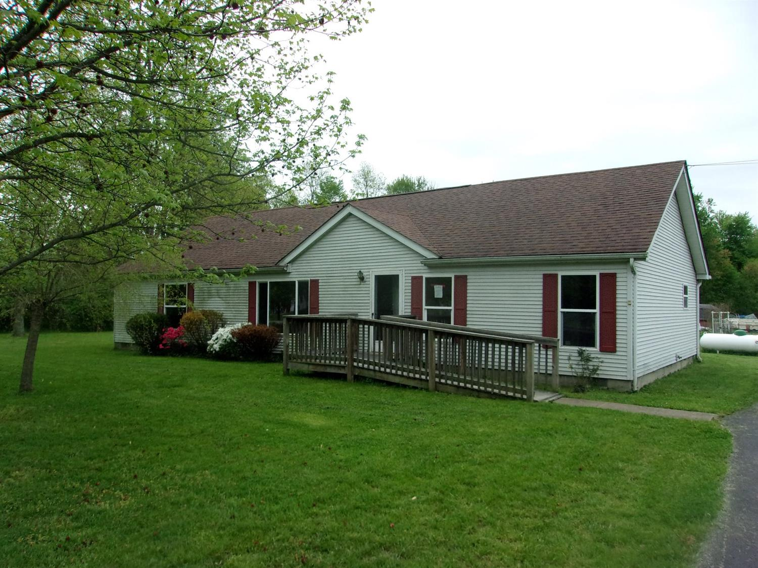 1816 Woodland Drive, Perry Twp, OH 45118