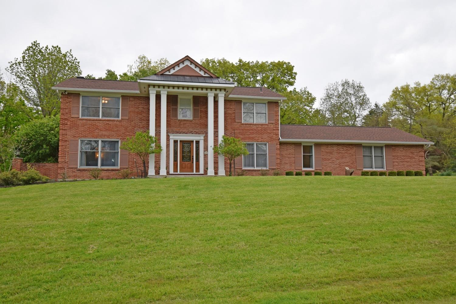 Property for sale at 6700 Fair Acres Drive, Amberley,  Ohio 45213