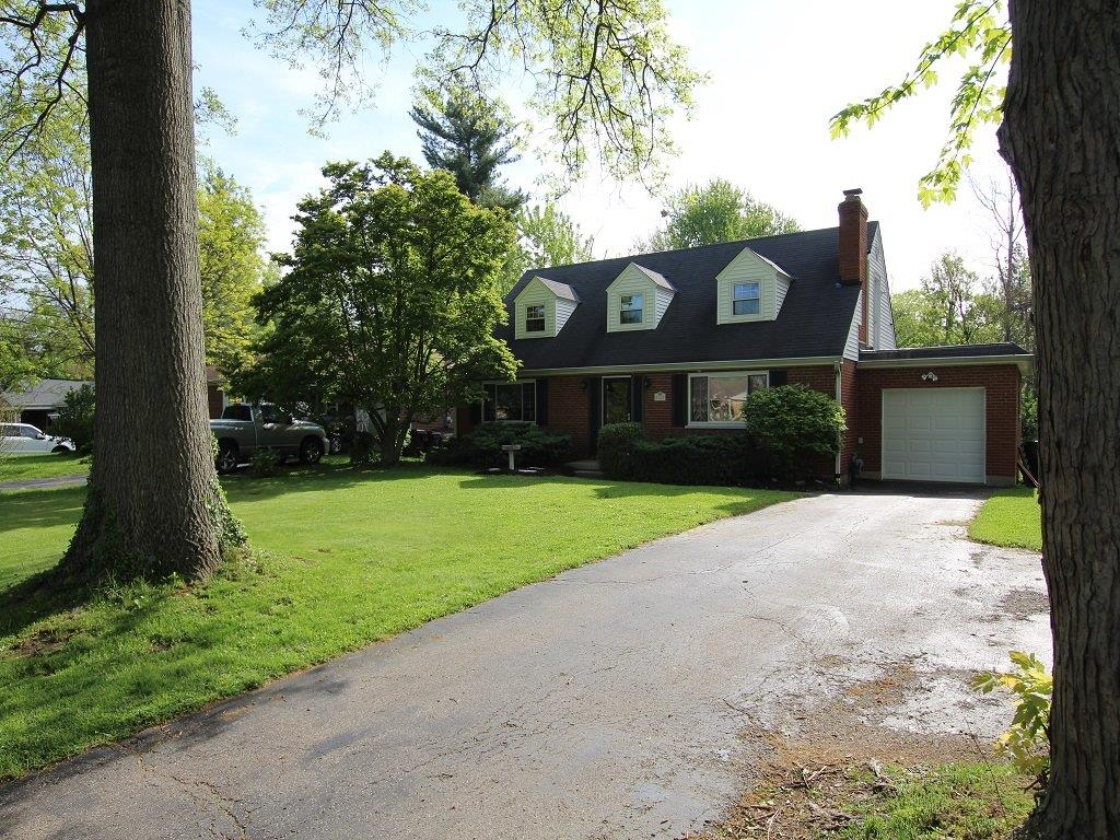 Property for sale at 8722 Long Lane, Springfield Twp.,  Ohio 45231