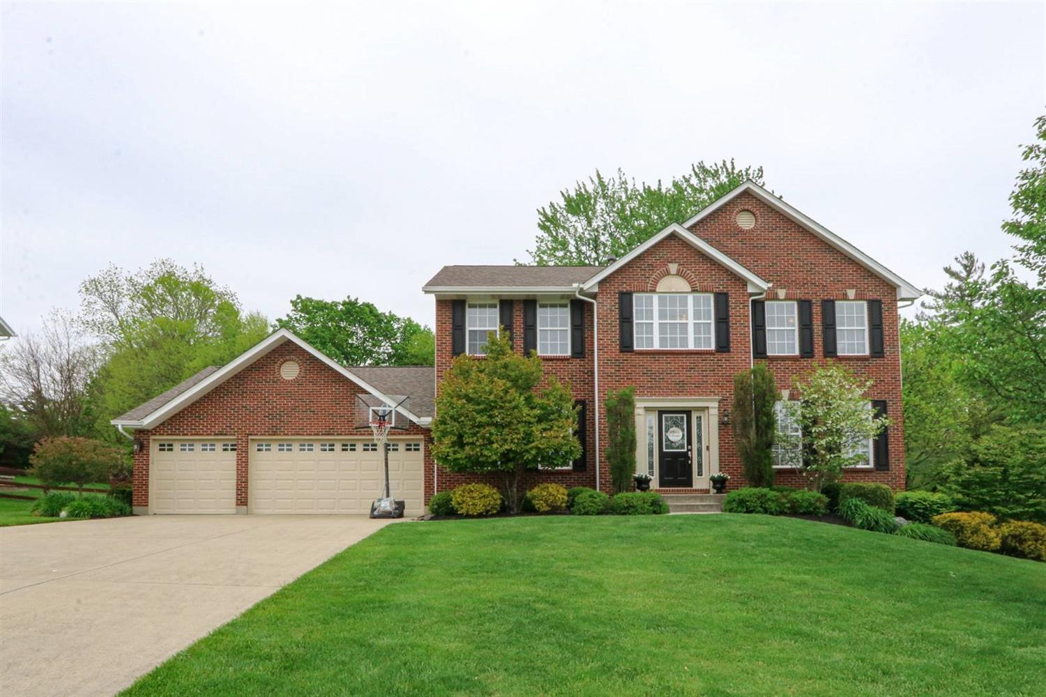 Property for sale at 5422 Autumn Creek Drive, Liberty Twp,  Ohio 45044
