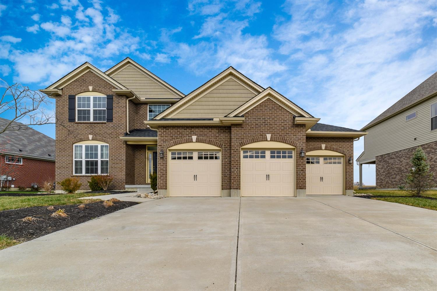 Property for sale at 4606 Osprey Pointe Drive, Liberty Twp,  Ohio 45011