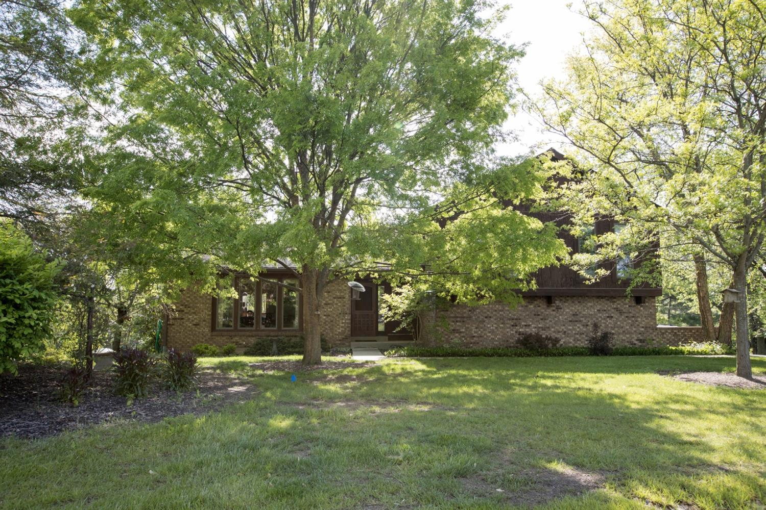 Property for sale at 7786 Rolling Meadows Drive, West Chester,  Ohio 45069