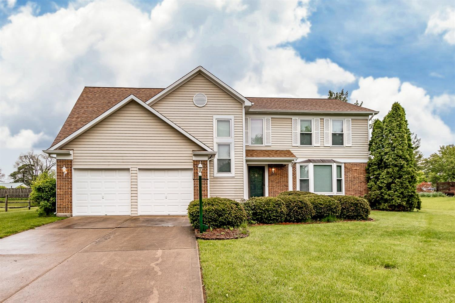 Property for sale at 8820 Rambling Ridge Drive, West Chester,  Ohio 45069