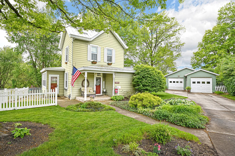 Property for sale at 403 Sunland Drive, Delhi Twp,  Ohio 45238