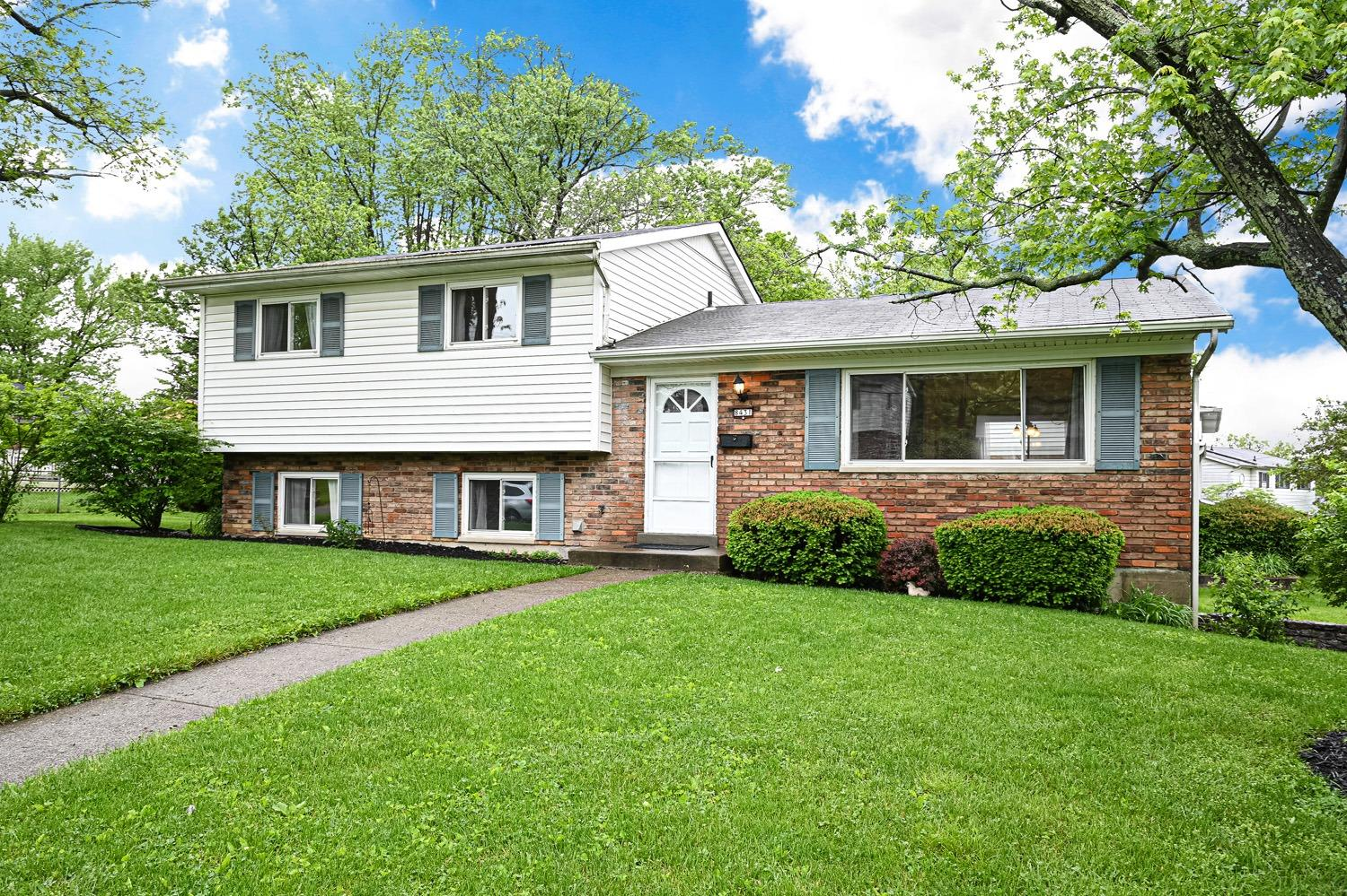 Property for sale at 8431 Fernwell Drive, Springfield Twp.,  Ohio 45231