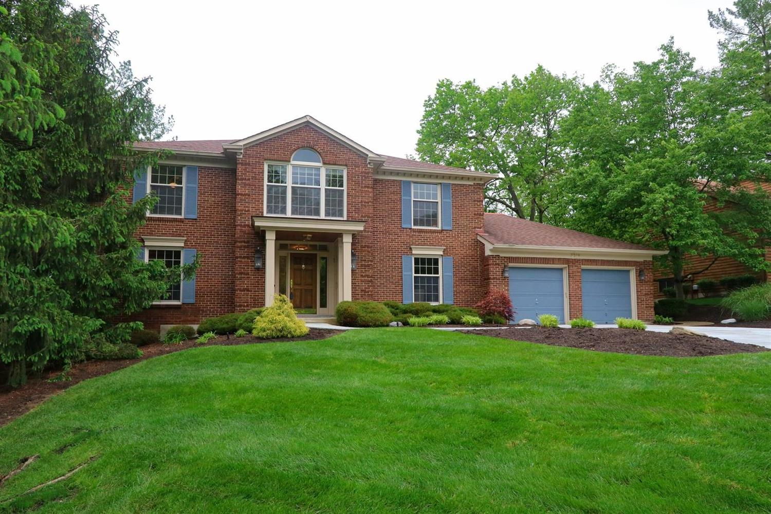 Property for sale at 3719 Fallentree Lane, Blue Ash,  Ohio 45236