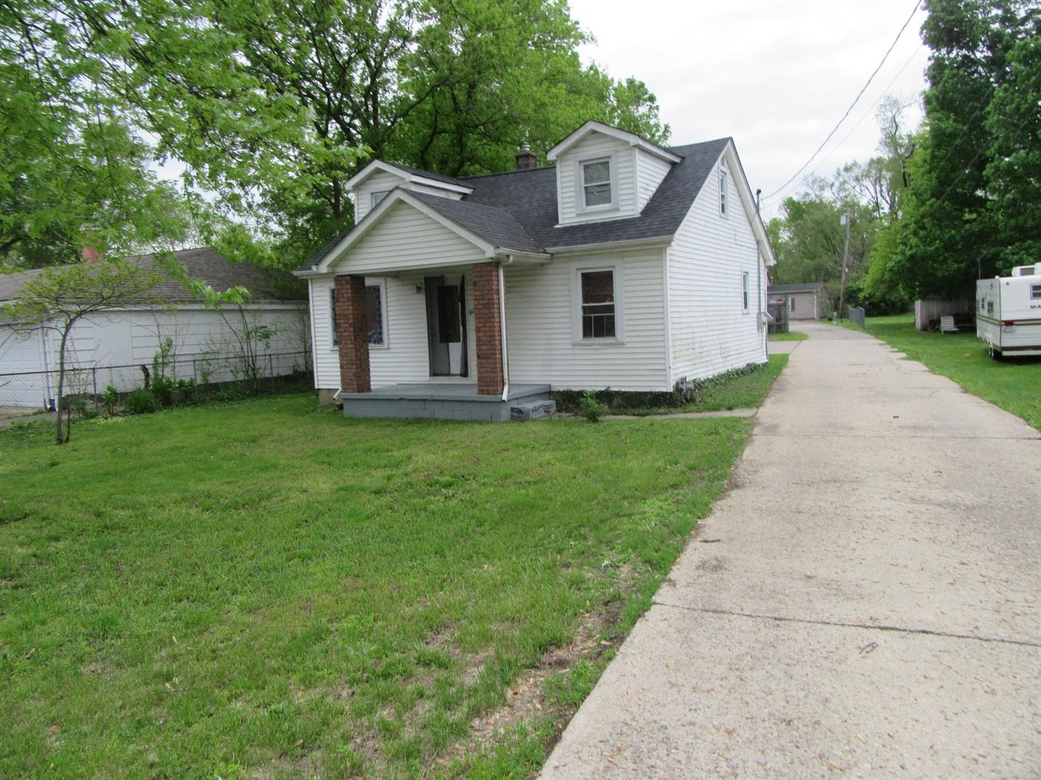 Property for sale at 8791 Dayton-Oxford Run, Franklin Twp,  Ohio 45005