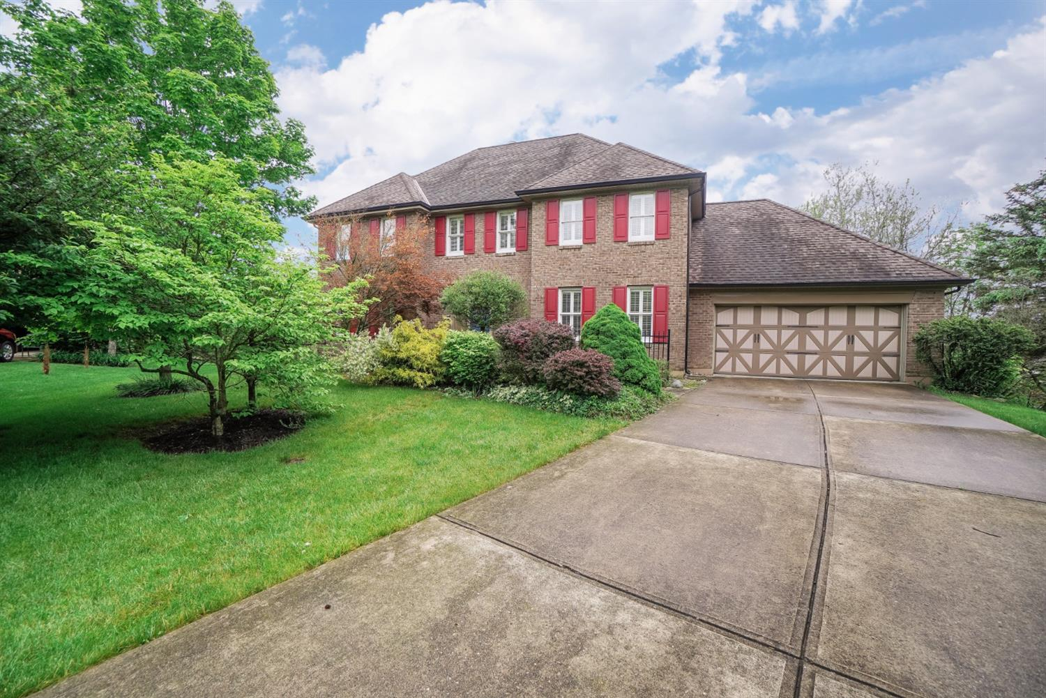 Property for sale at 7373 Woodcroft Drive, West Chester,  Ohio 45241