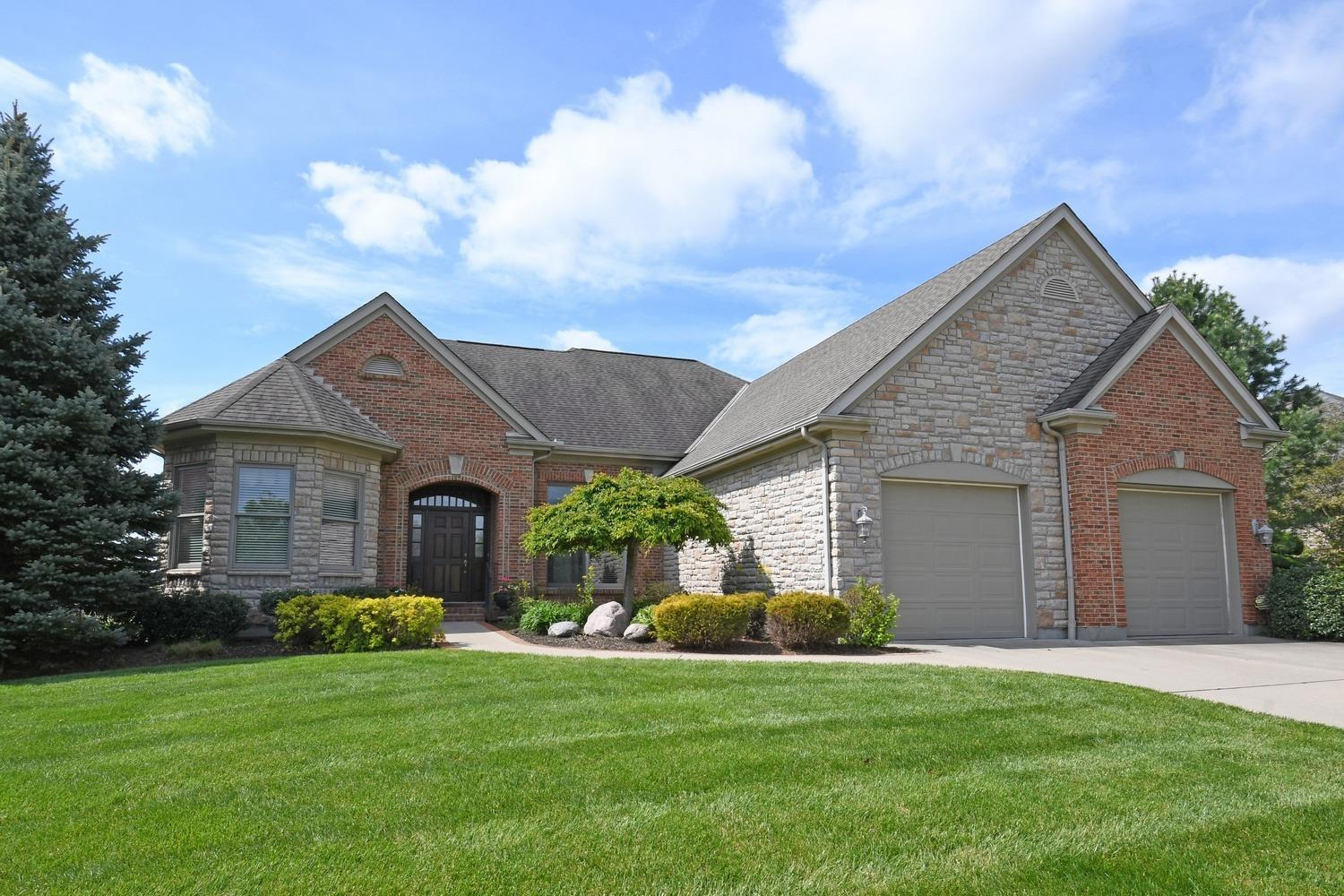 Property for sale at 11785 Winthrop Lane, Sycamore Twp,  Ohio 45249