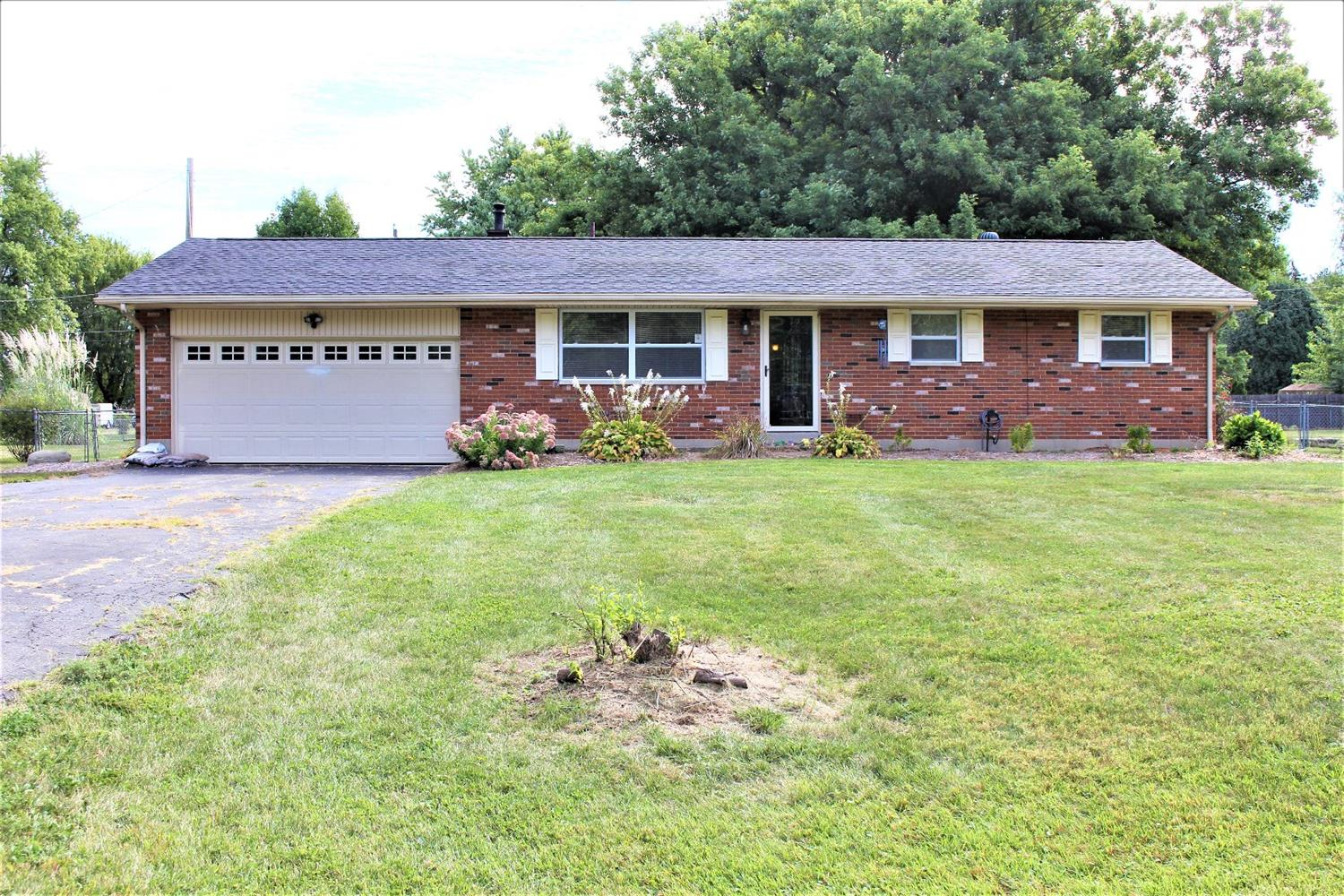 Property for sale at 3554 Crestview Avenue, Clearcreek Twp.,  Ohio 45036