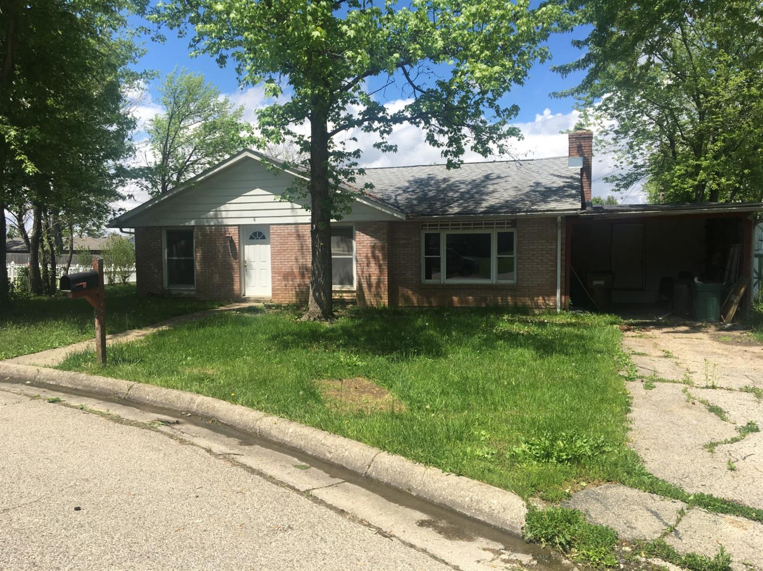 Property for sale at 6 Angela Court, Oxford,  Ohio 45056