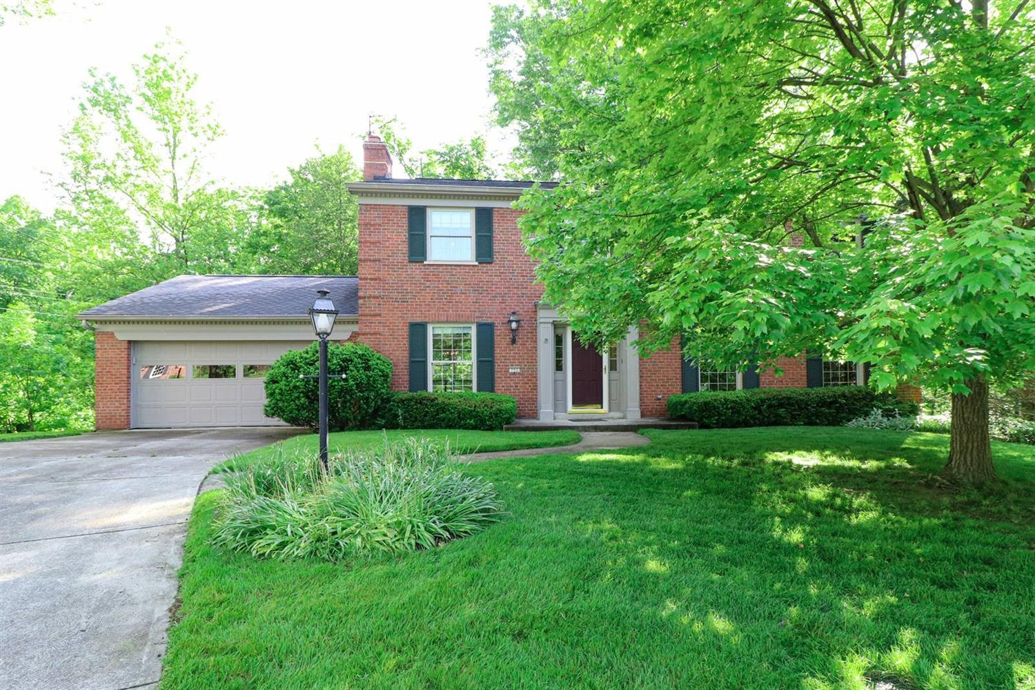 Property for sale at 752 Woodfield Drive, Springfield Twp.,  Ohio 45231