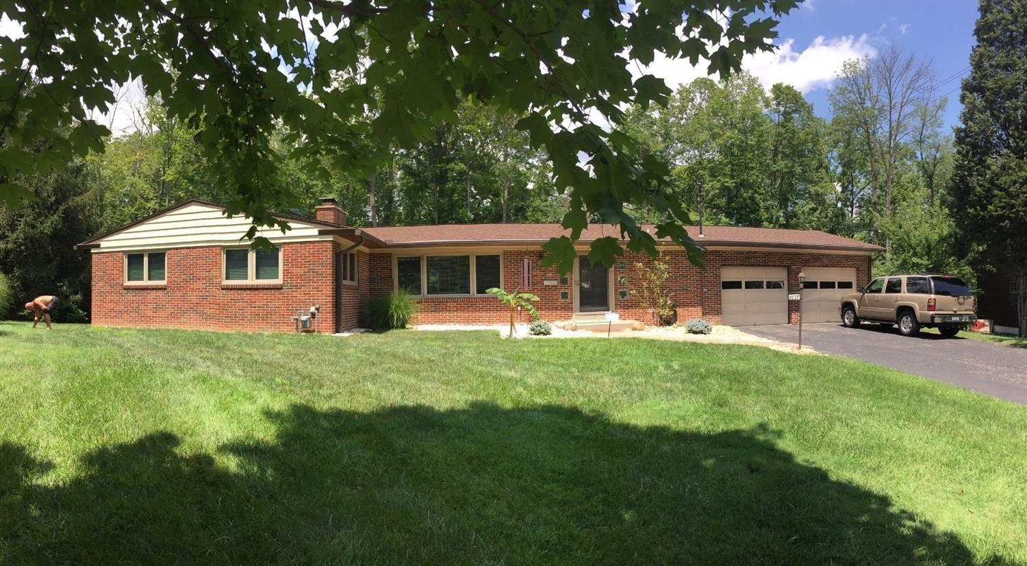 Property for sale at 8637 Plainfield Lane, Sycamore Twp,  Ohio 45236