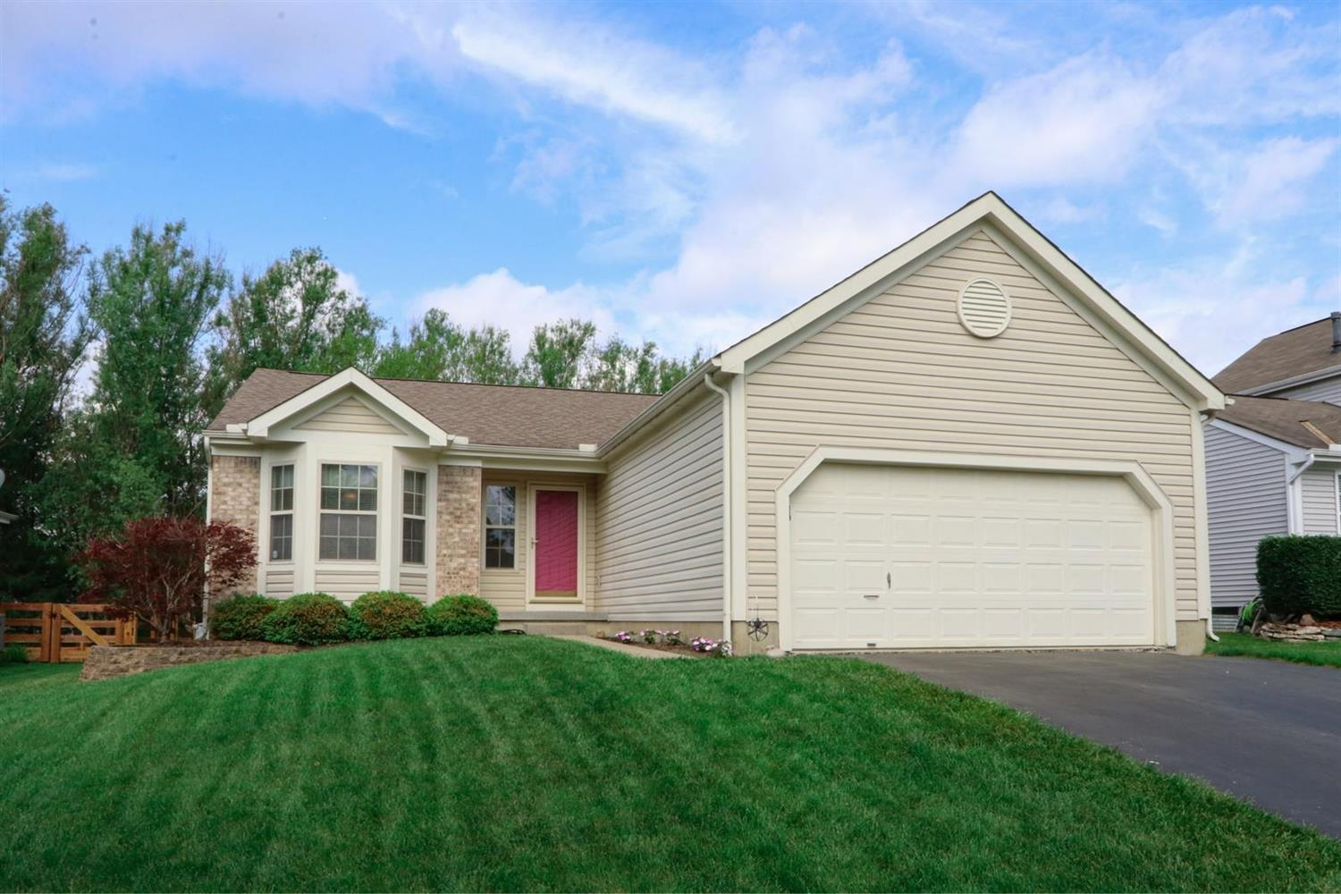 Property for sale at 587 Weeping Willow Lane, Hamilton Twp,  Ohio 45039