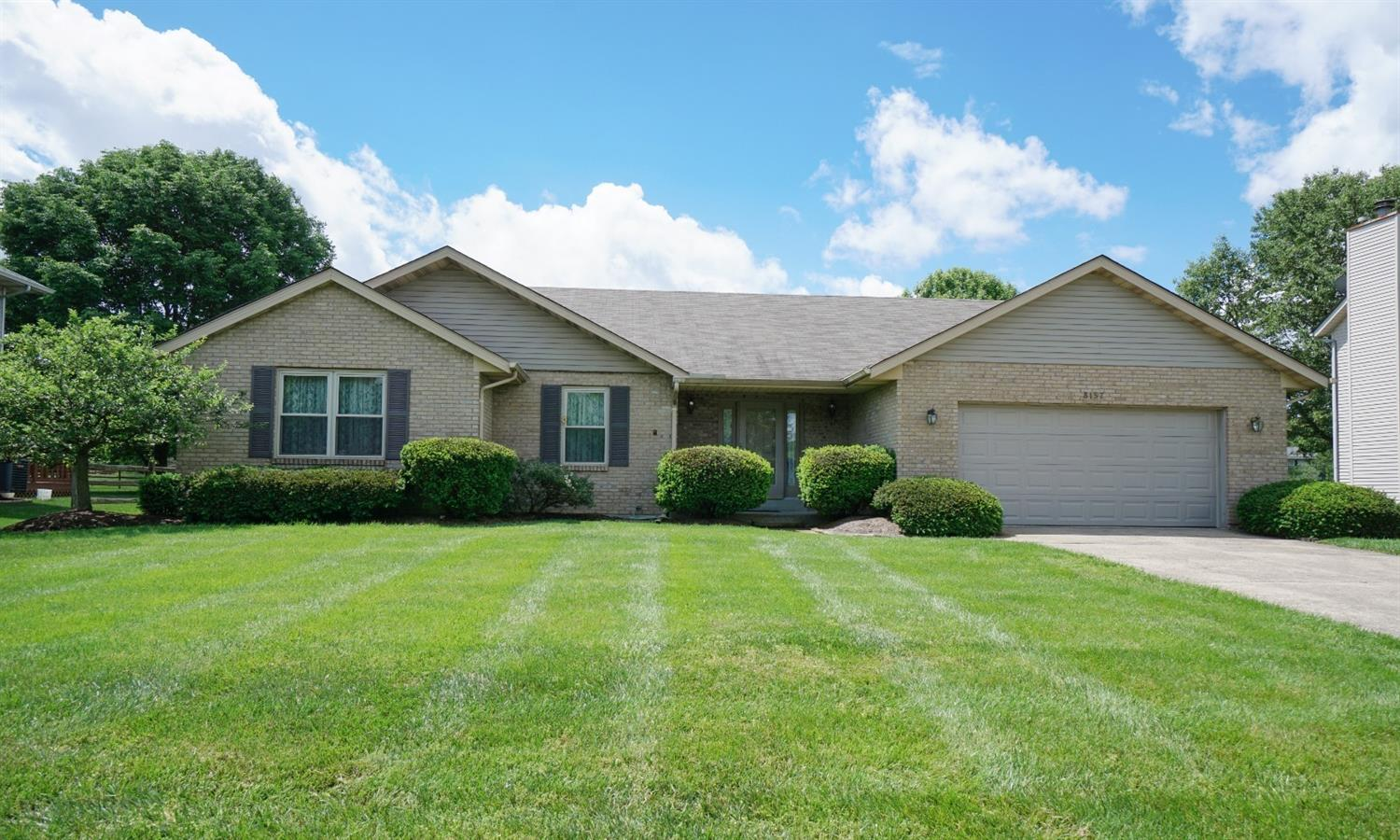Property for sale at 8157 Country Oaks Station, West Chester,  Ohio 45069