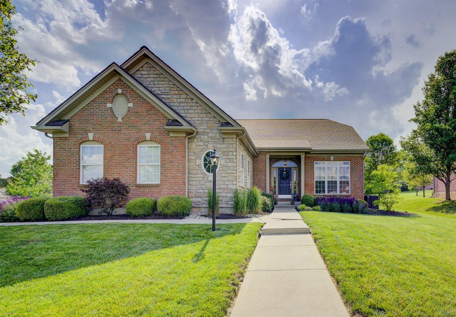 22 Knollview Court, Germantown, OH 45327