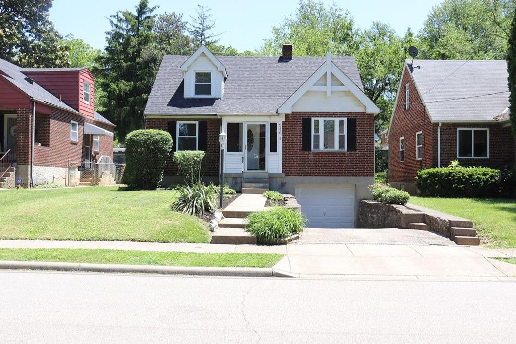 Property for sale at 6270 Graceland Avenue, Golf Manor,  Ohio 45237