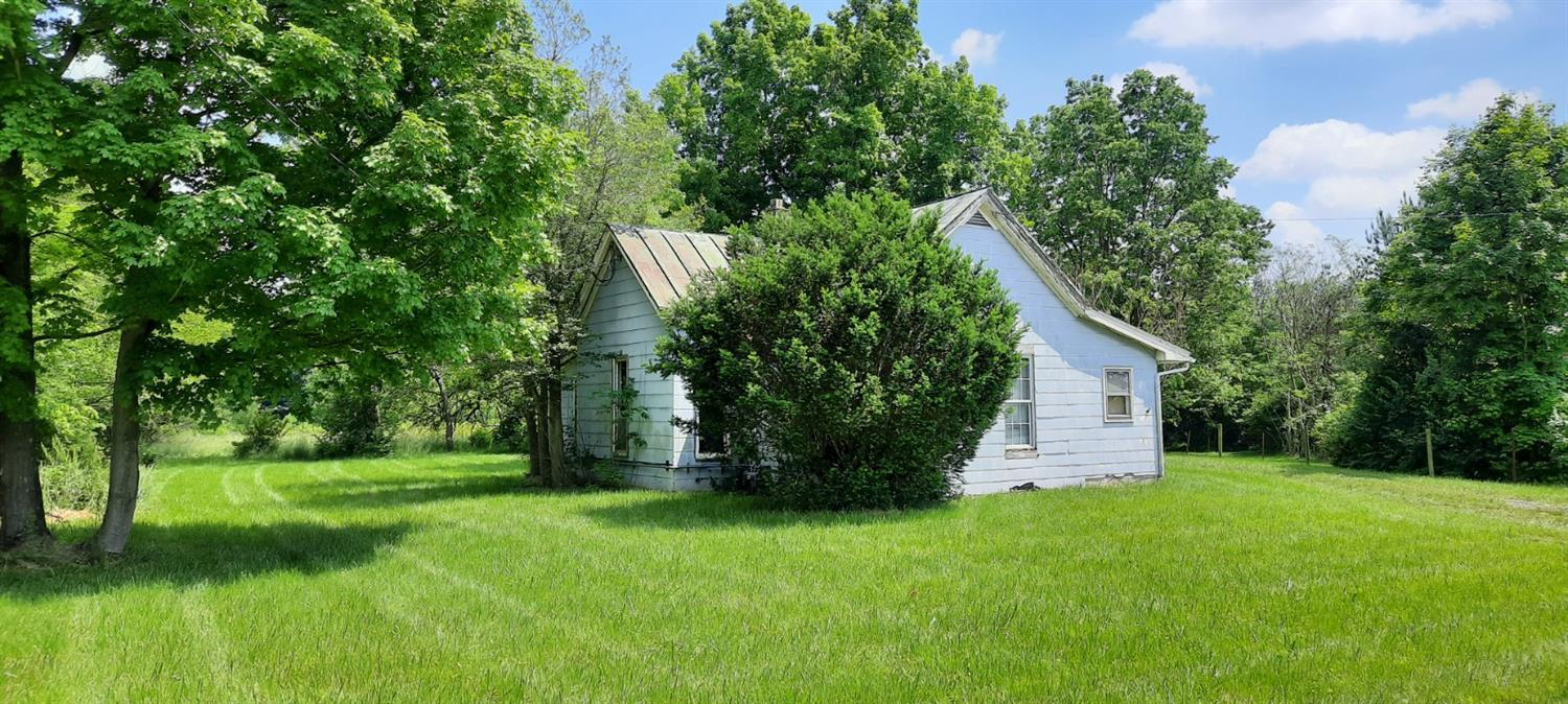 Property for sale at 326 Pansy Pike, Blanchester,  Ohio 45107