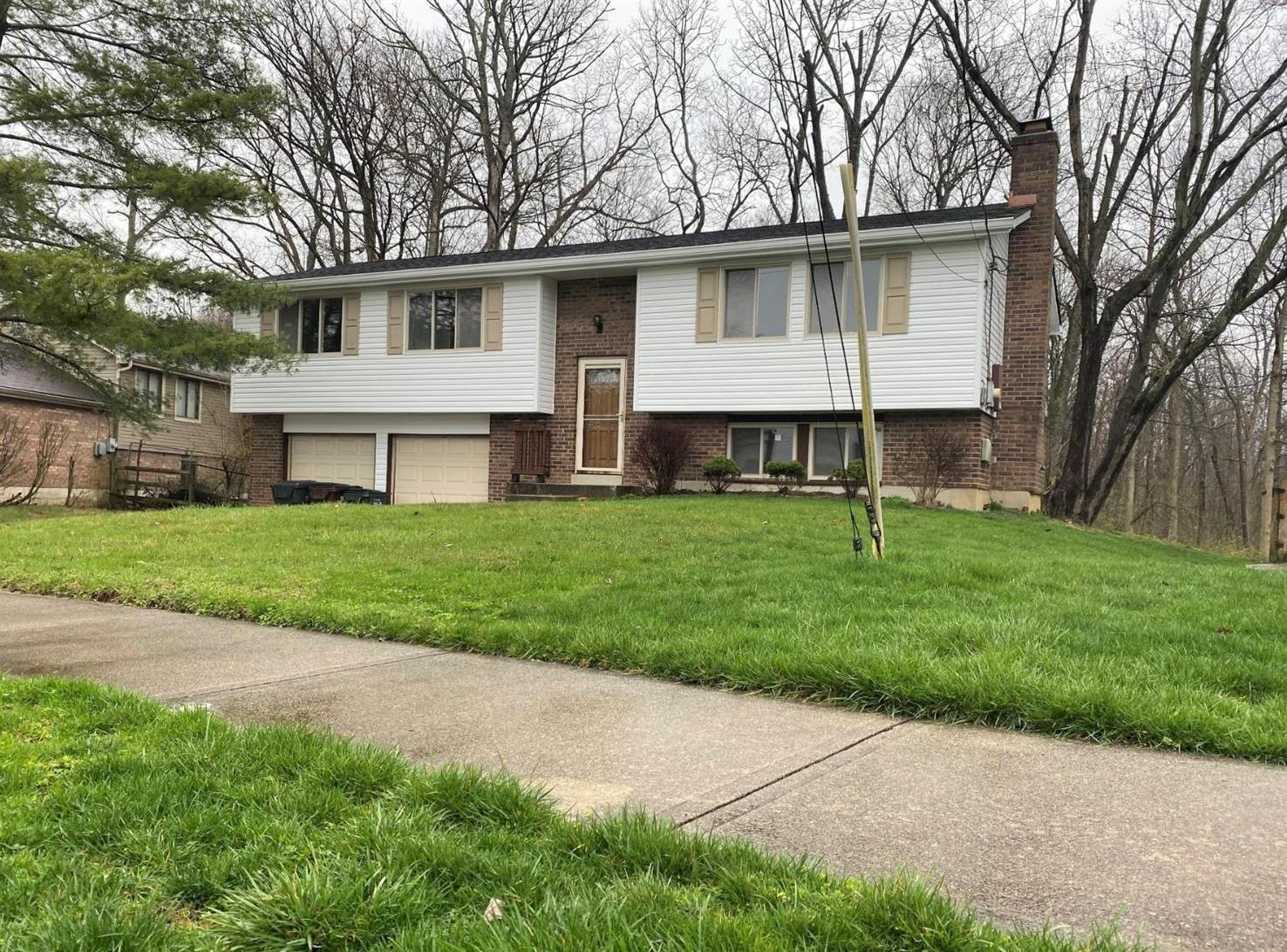 Property for sale at 1373 Hartwood Drive, Springfield Twp.,  Ohio 45240