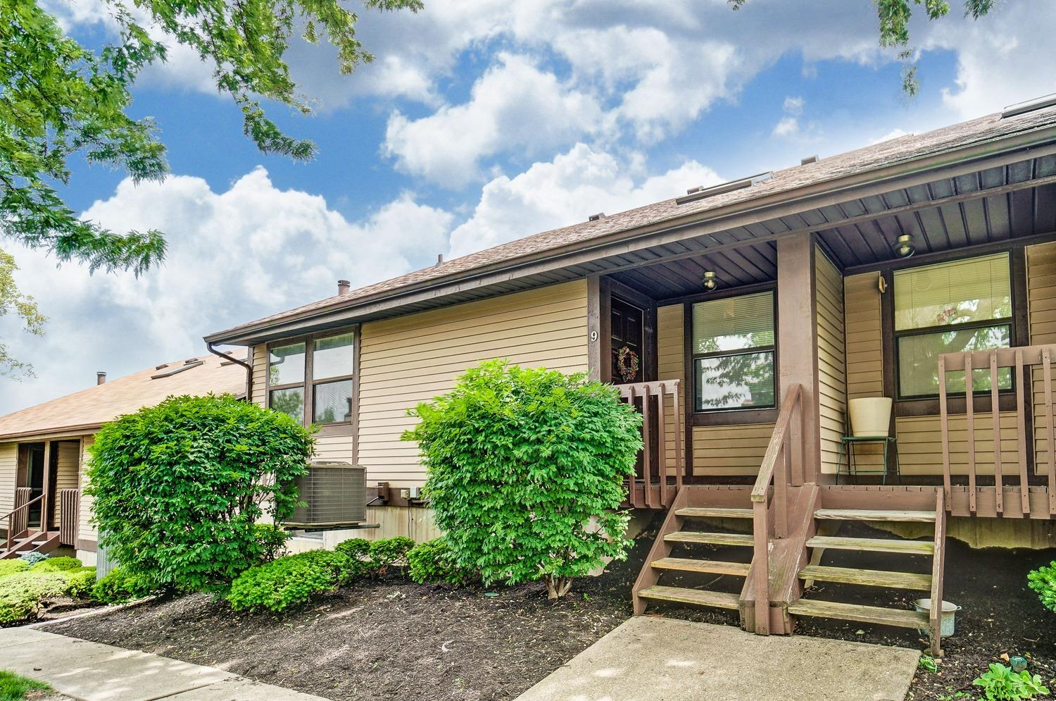 Property for sale at 9 Ibex Drive, Fairfield,  Ohio 45014