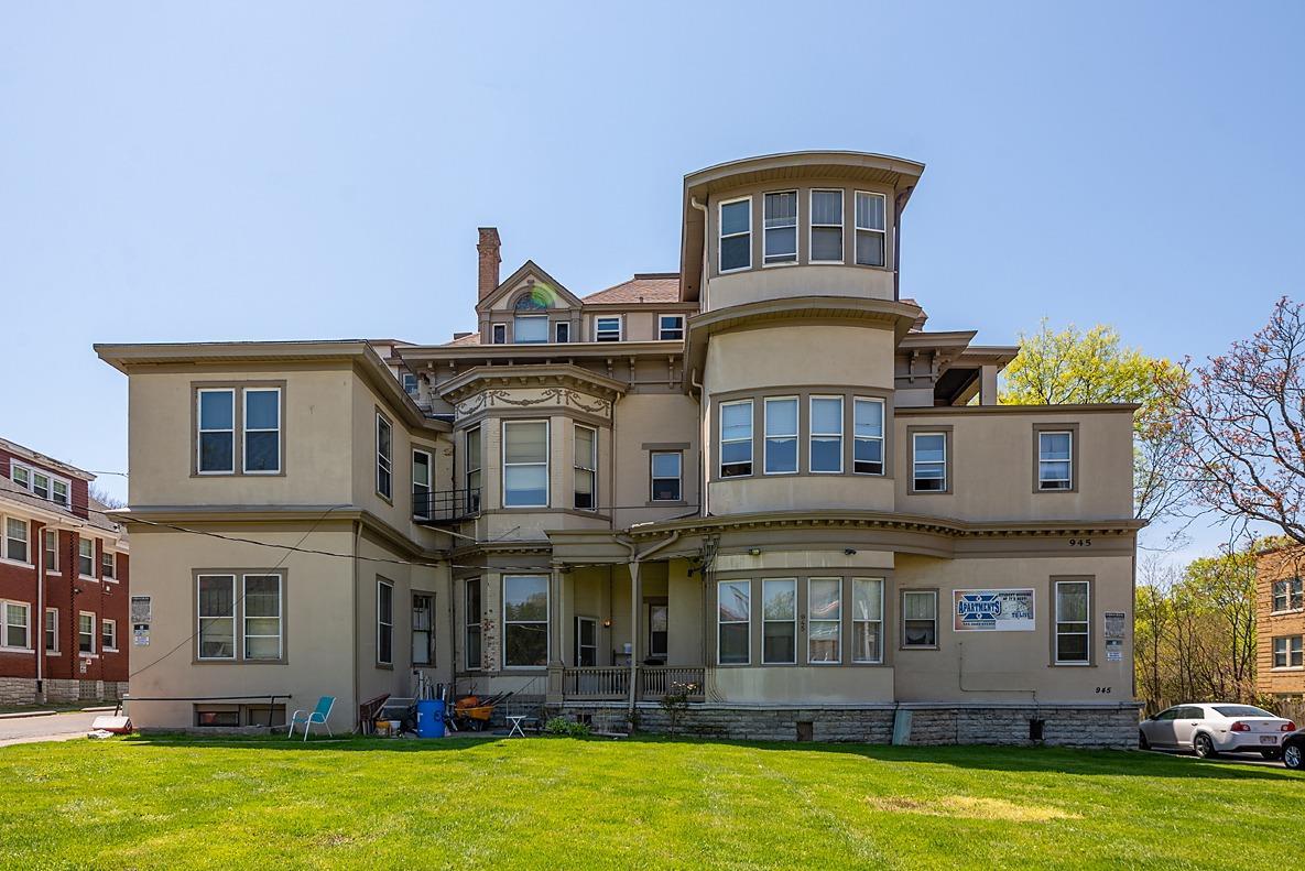 Property for sale at 945 Dana Avenue Unit: 11, Cincinnati,  Ohio 45229