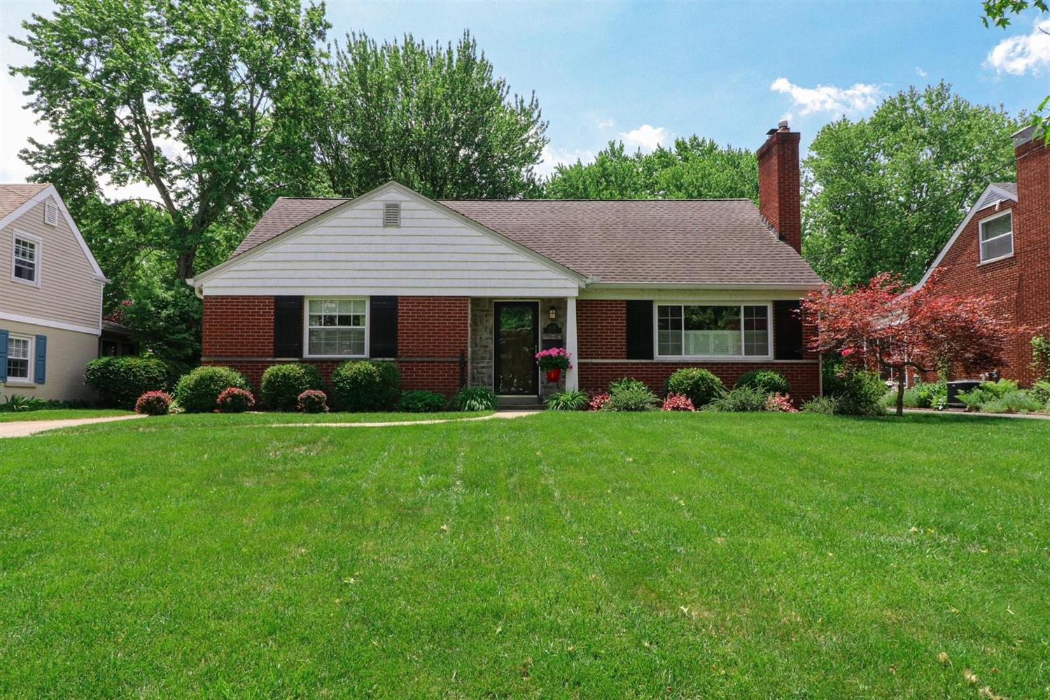 Property for sale at 6531 Kenview Drive, Madeira,  Ohio 45243