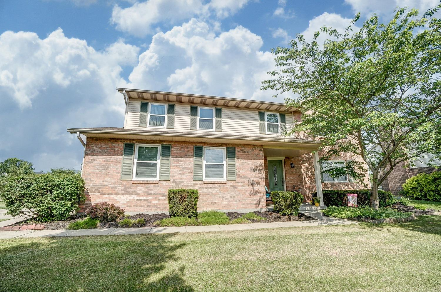 Property for sale at 5698 Raven Valley Drive, Liberty Twp,  Ohio 45011