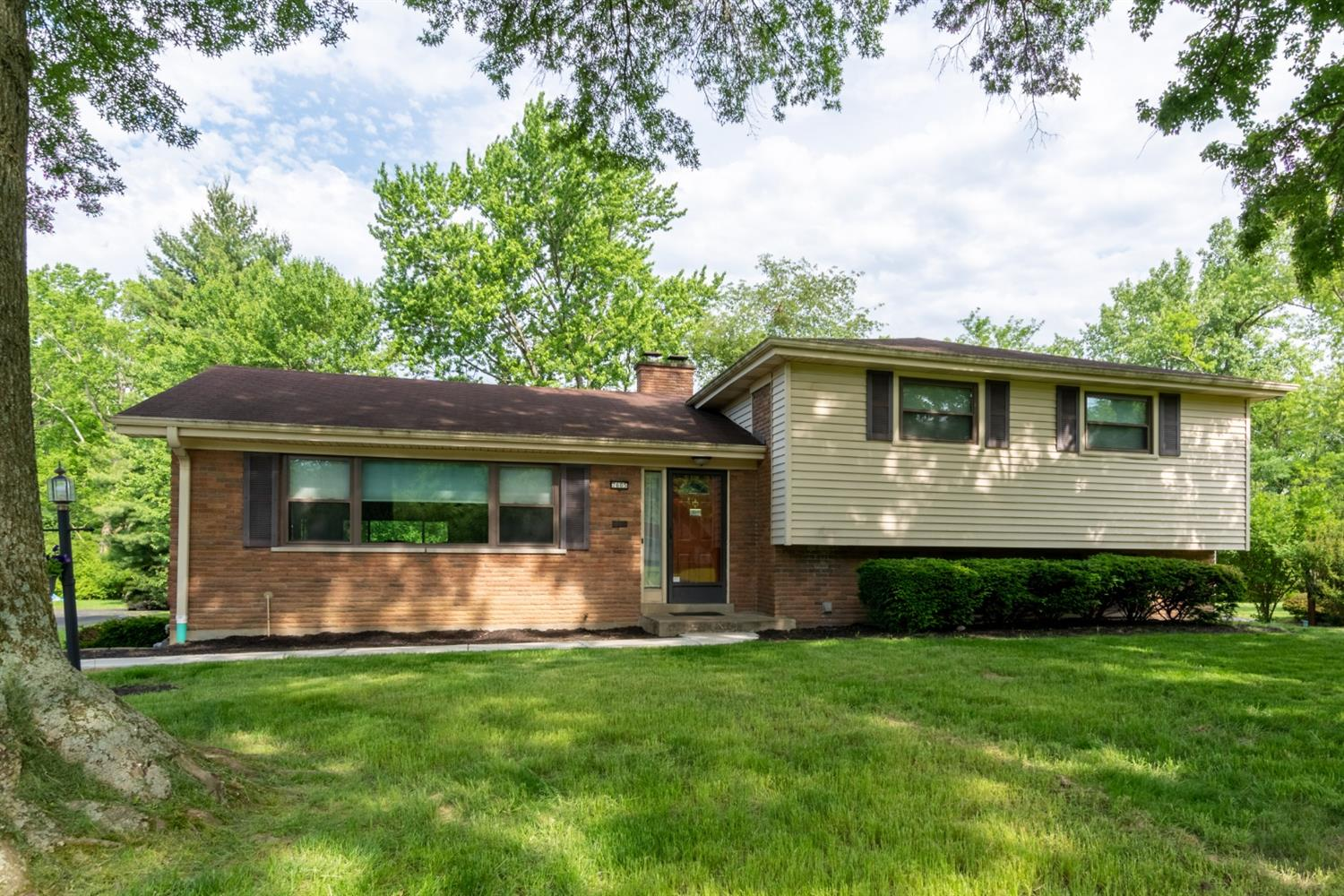 Property for sale at 7605 Elbrook Avenue, Amberley,  Ohio 45237