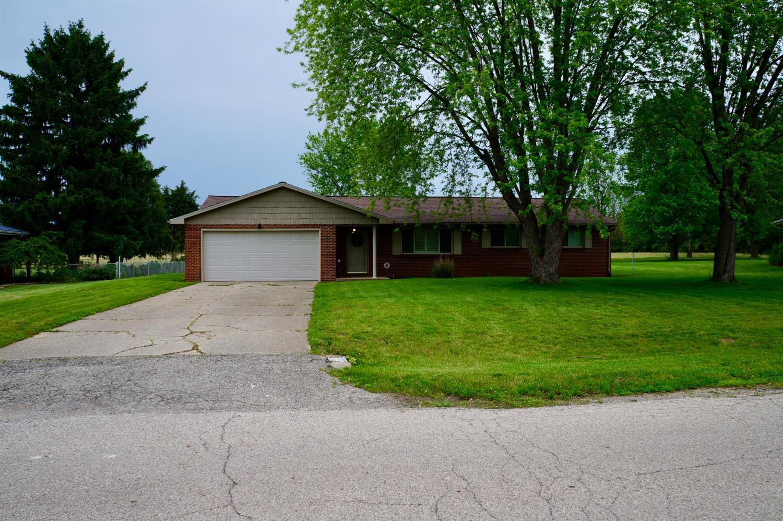Property for sale at 180 Oak Drive, Carlisle,  Ohio 45005