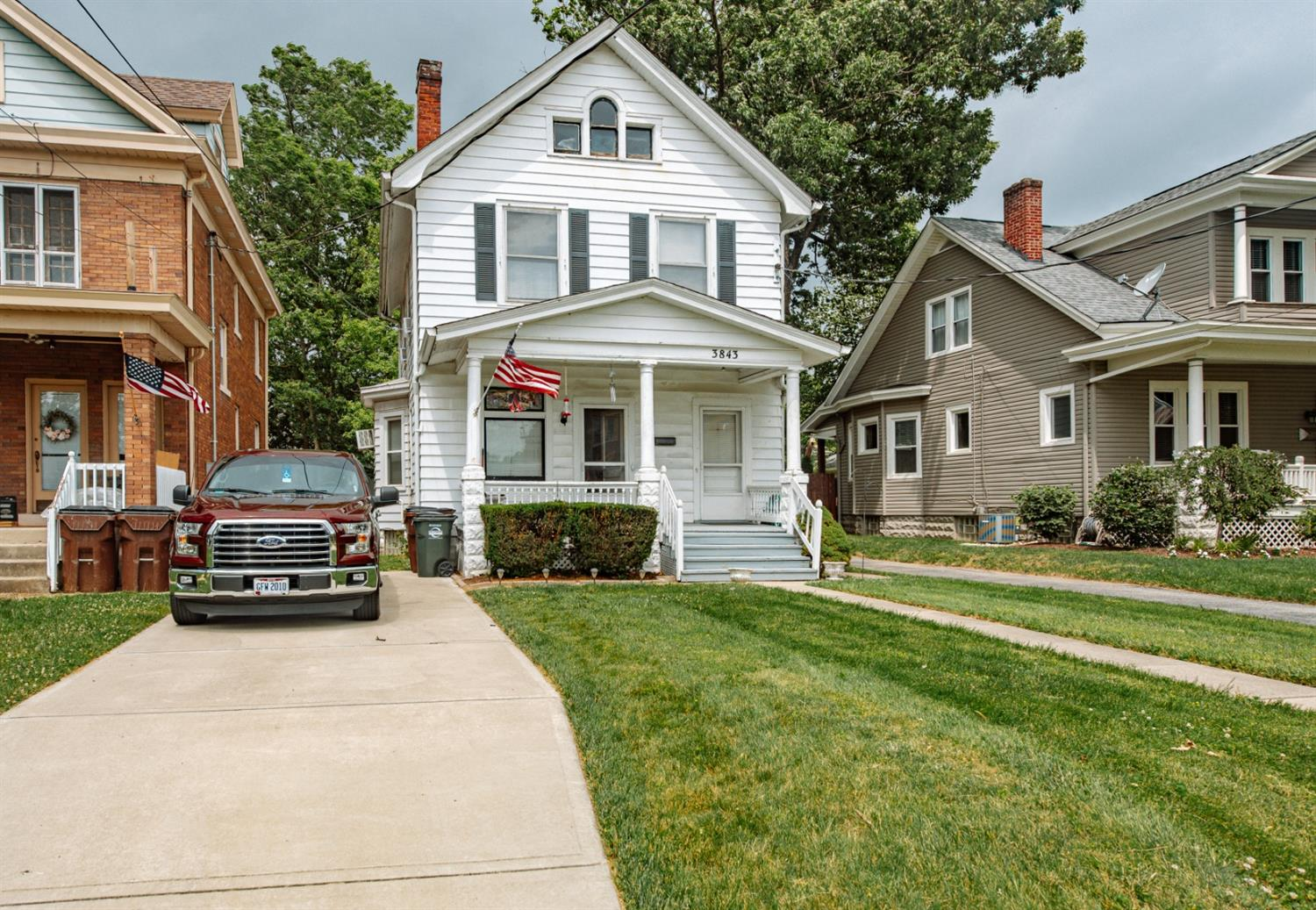 Property for sale at 3843 Floral Avenue, Norwood,  Ohio 45212