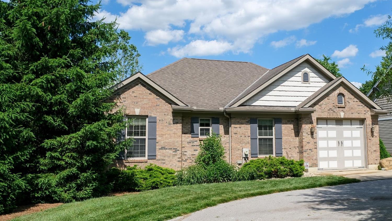 Property for sale at 30 Seminole Cove, Franklin Twp,  Ohio 45171