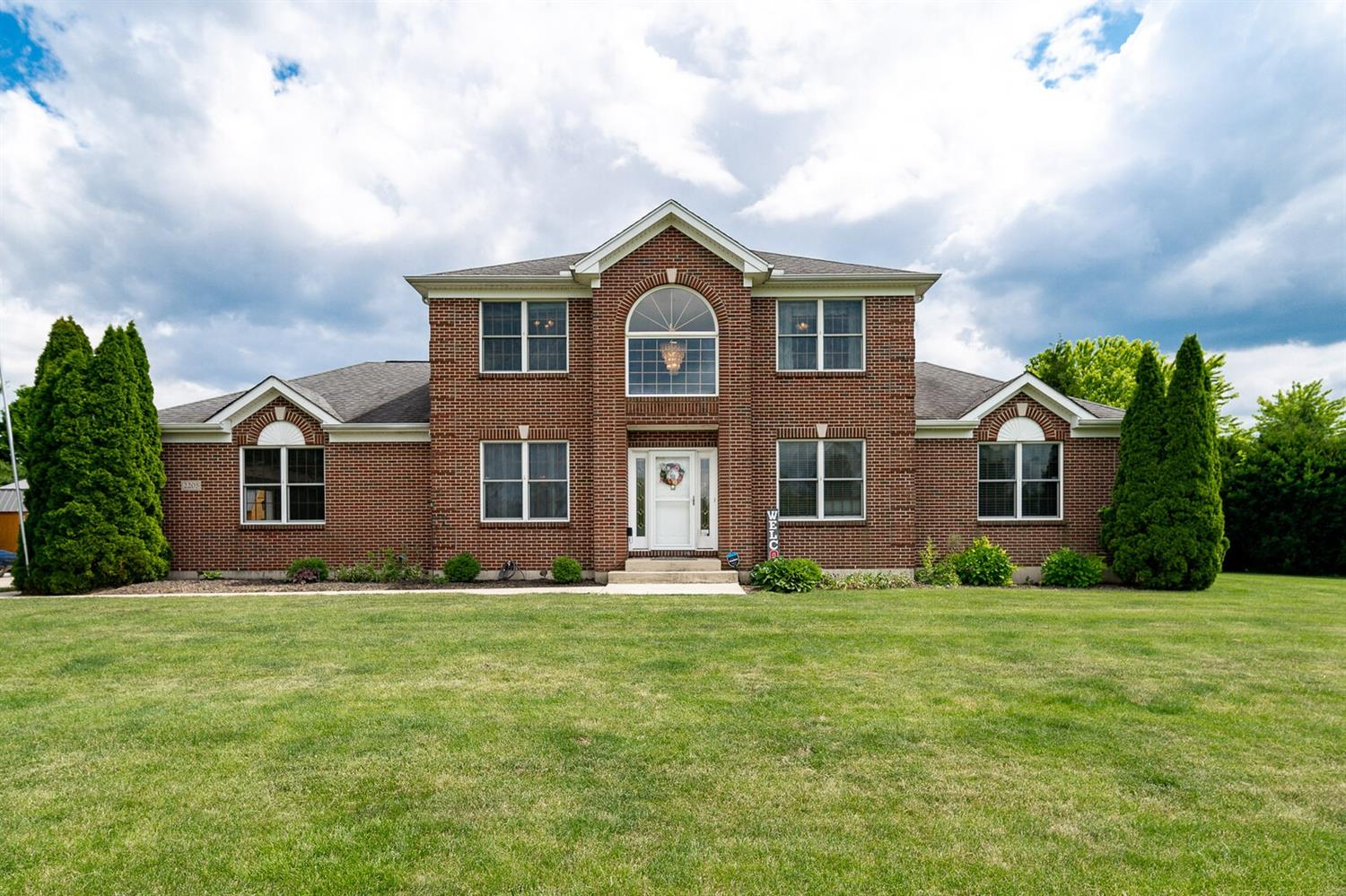 Property for sale at 2205 Sharon View Court, Turtle Creek Twp,  Ohio 45036