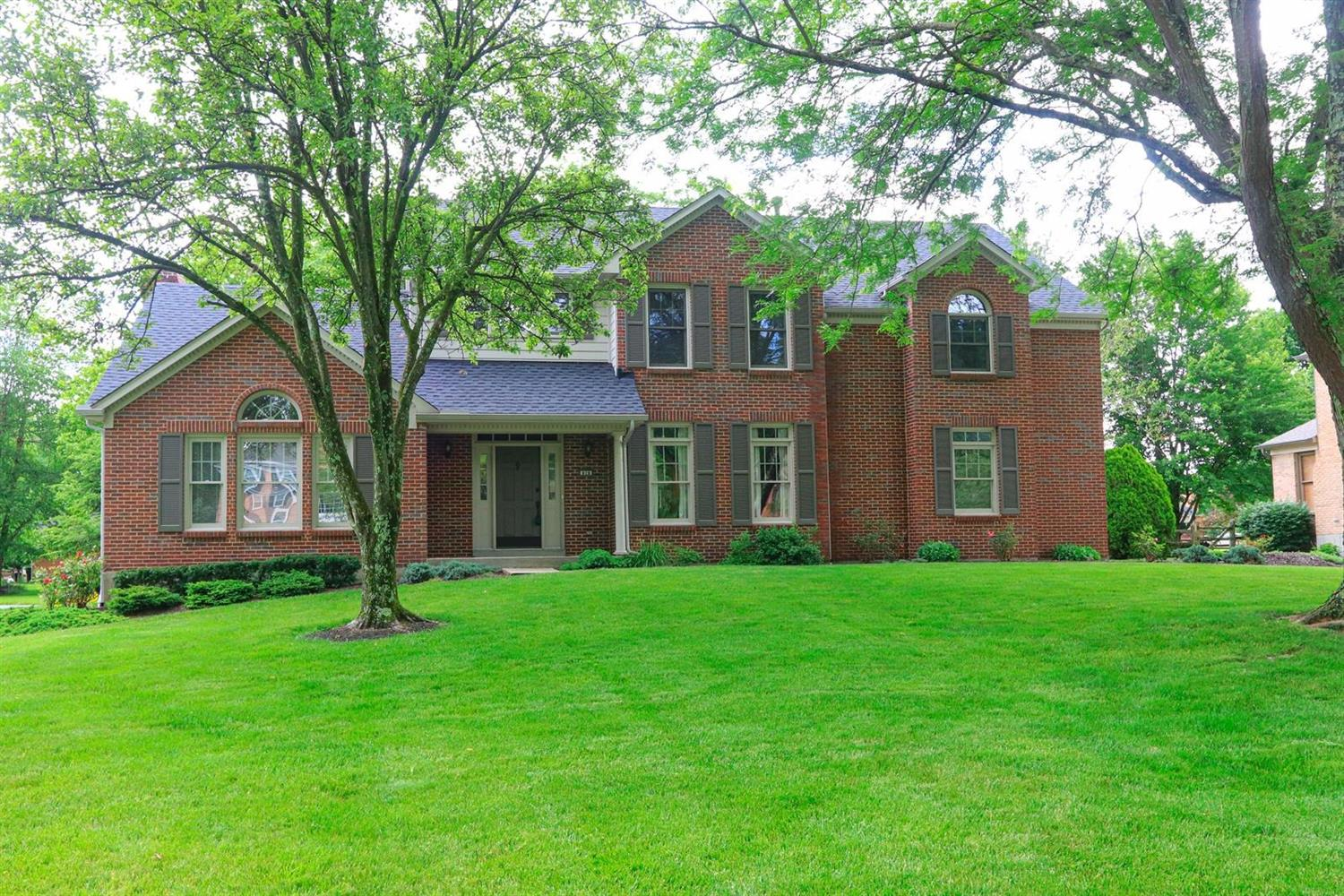 Property for sale at 828 Old Mill Drive, Miami Twp,  Ohio 45140