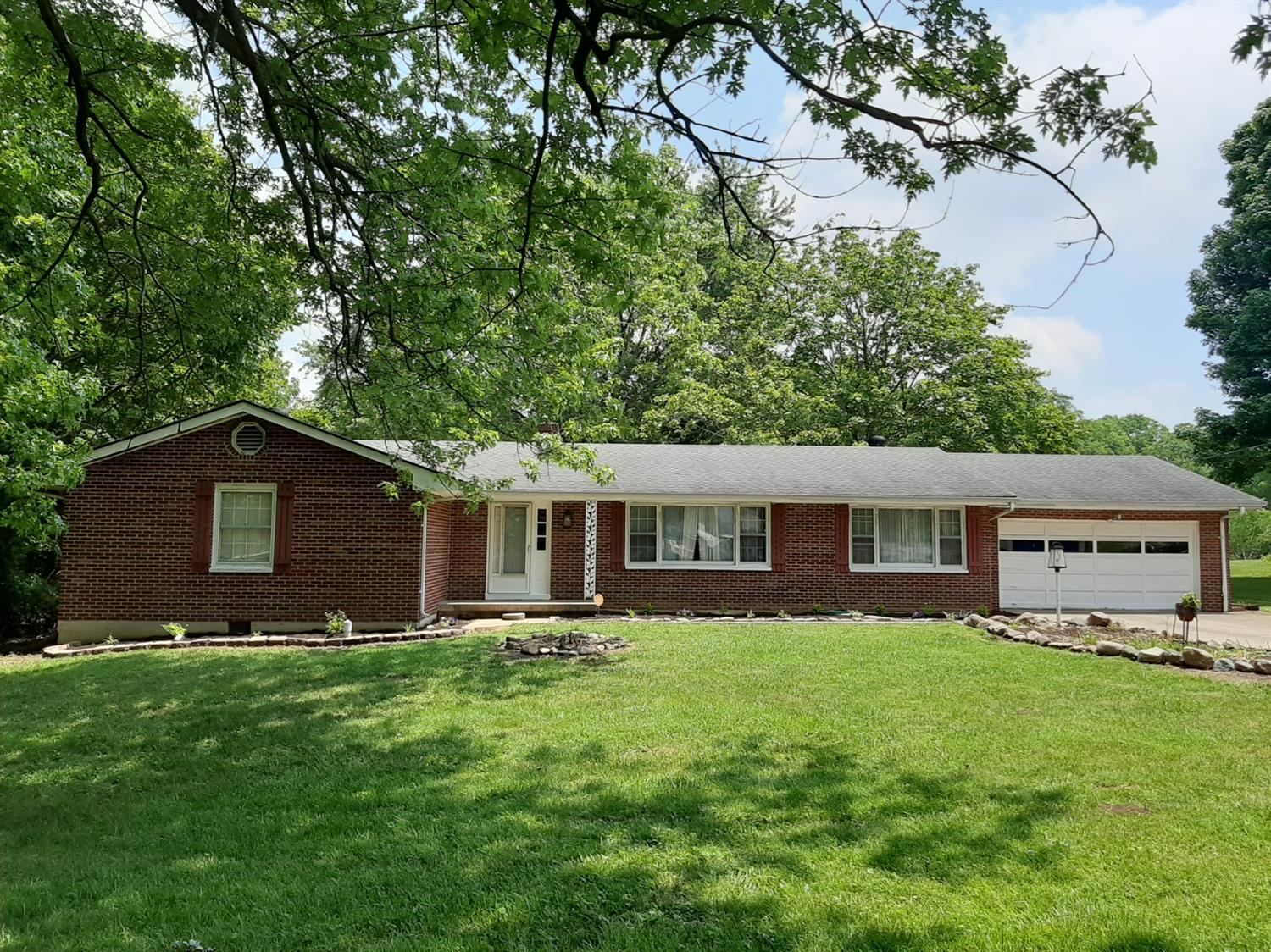 Property for sale at 5932 Crestview Avenue, Fairfield,  Ohio 45014
