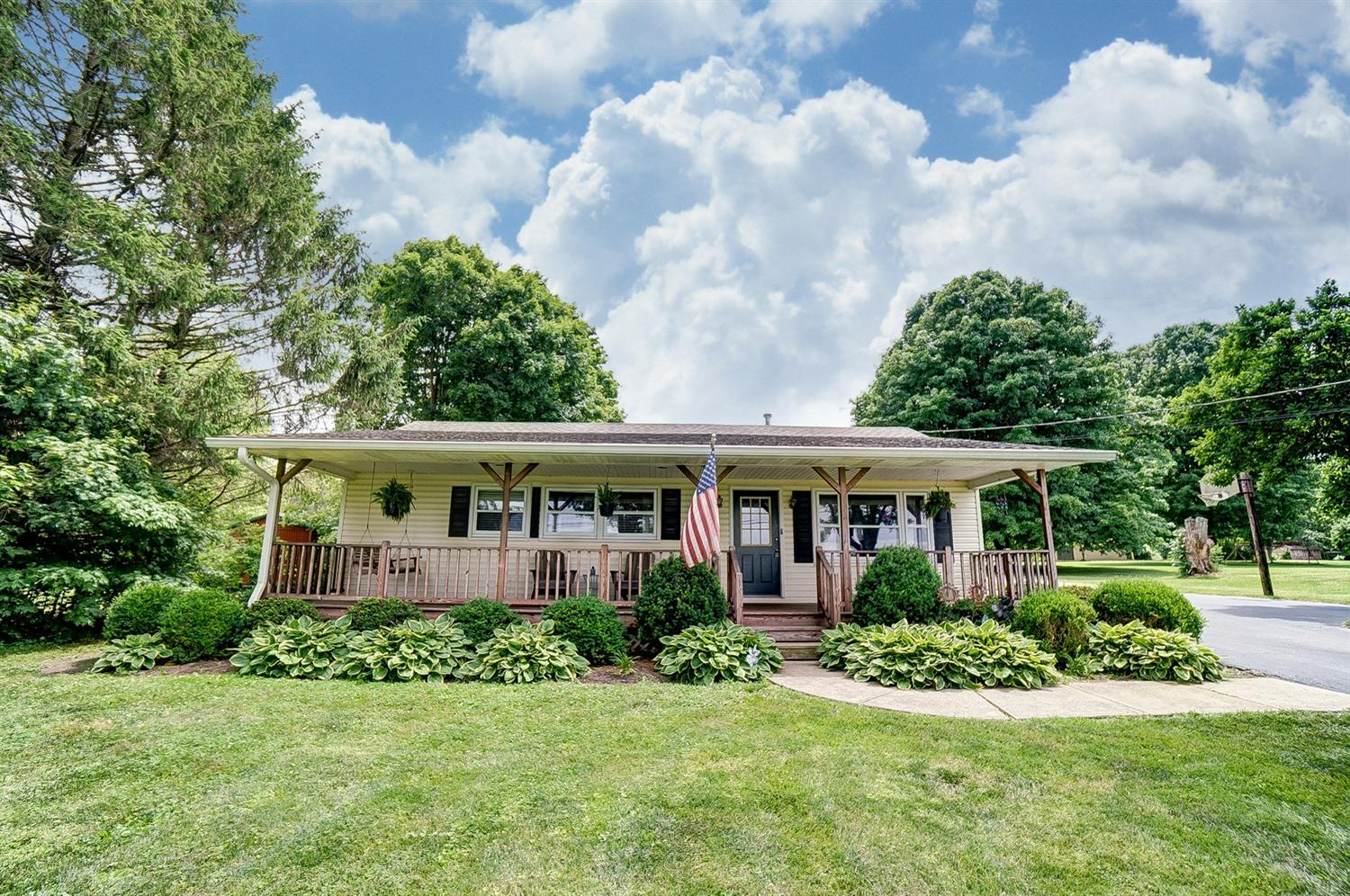 Property for sale at 489 Riley Wills Road, Clearcreek Twp.,  Ohio 45036