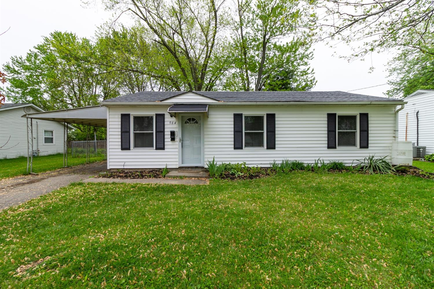 Property for sale at 964 Stratford Place, Mason,  Ohio 45040
