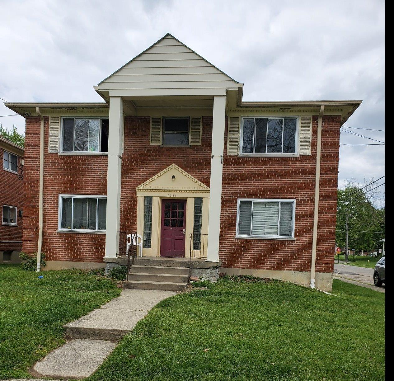 Property for sale at 7121 Delaware Avenue, Deer Park,  Ohio 45236