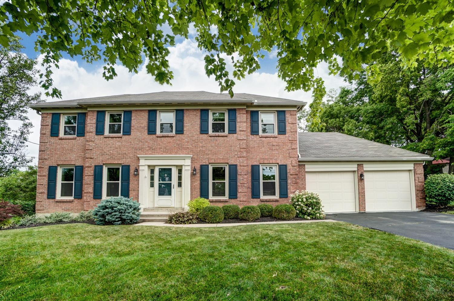 Property for sale at 5554 Heron Drive, West Chester,  Ohio 45069