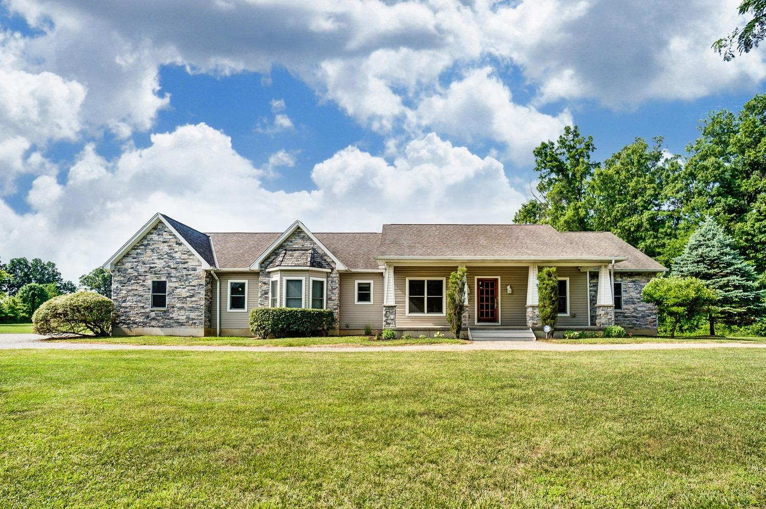 Property for sale at 6805 Long Spurling Road, Harlan Twp,  Ohio 45162