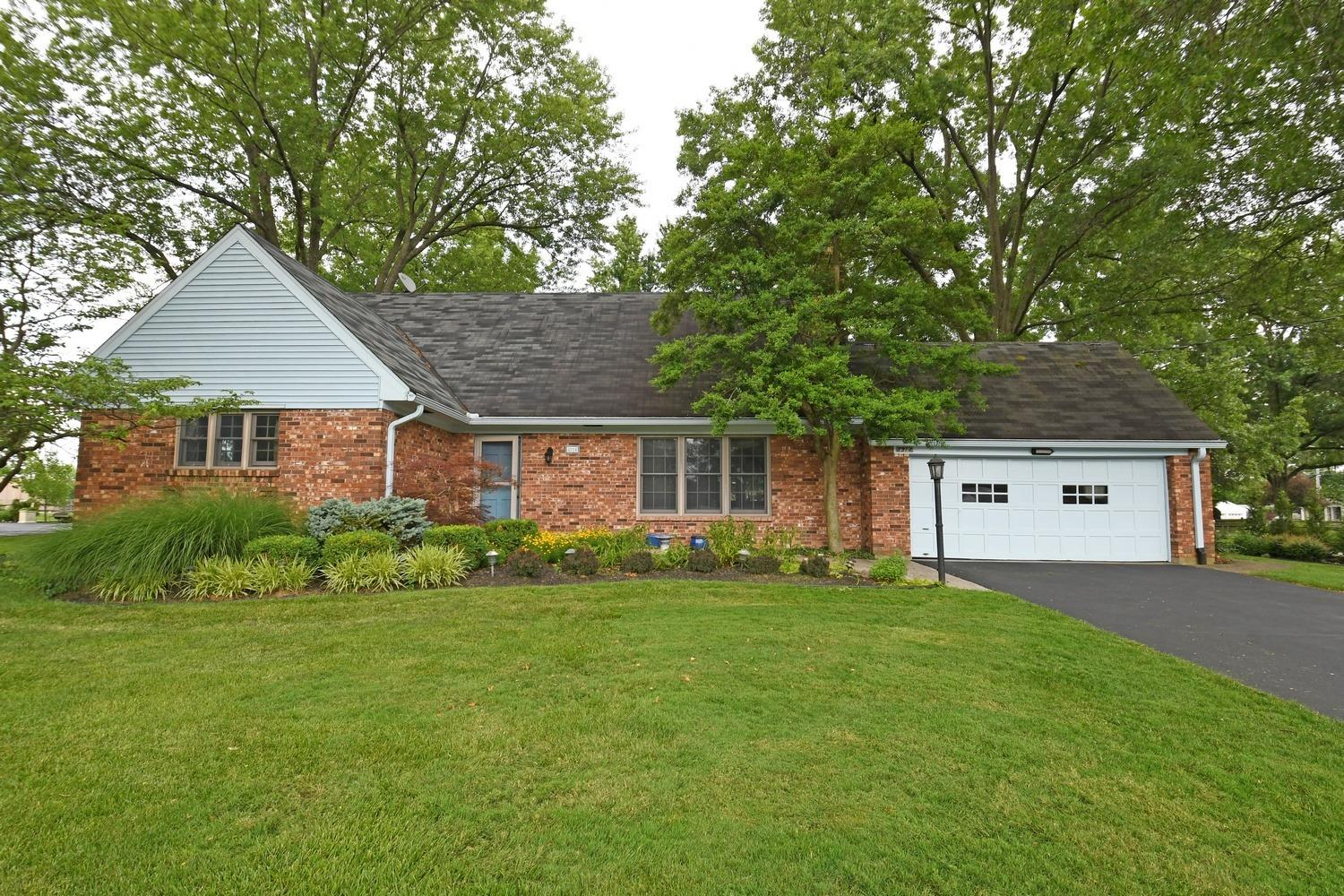 Property for sale at 8914 Appleknoll Lane, Sycamore Twp,  Ohio 45236