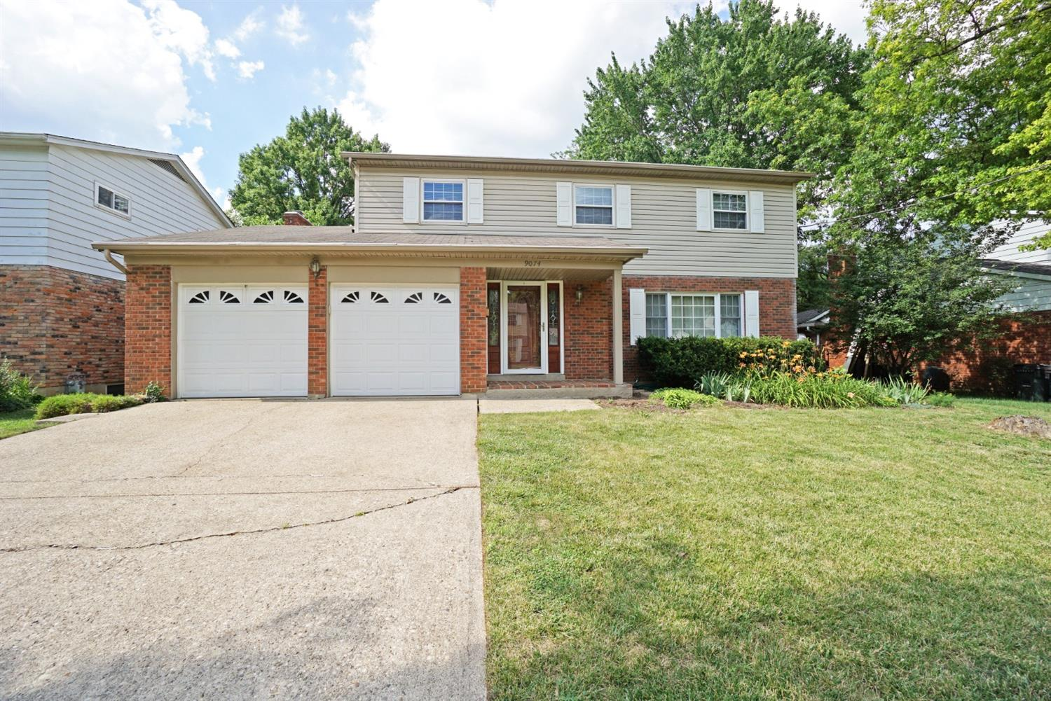 Property for sale at 9074 Fontainebleau Terrace, Springfield Twp.,  Ohio 45231