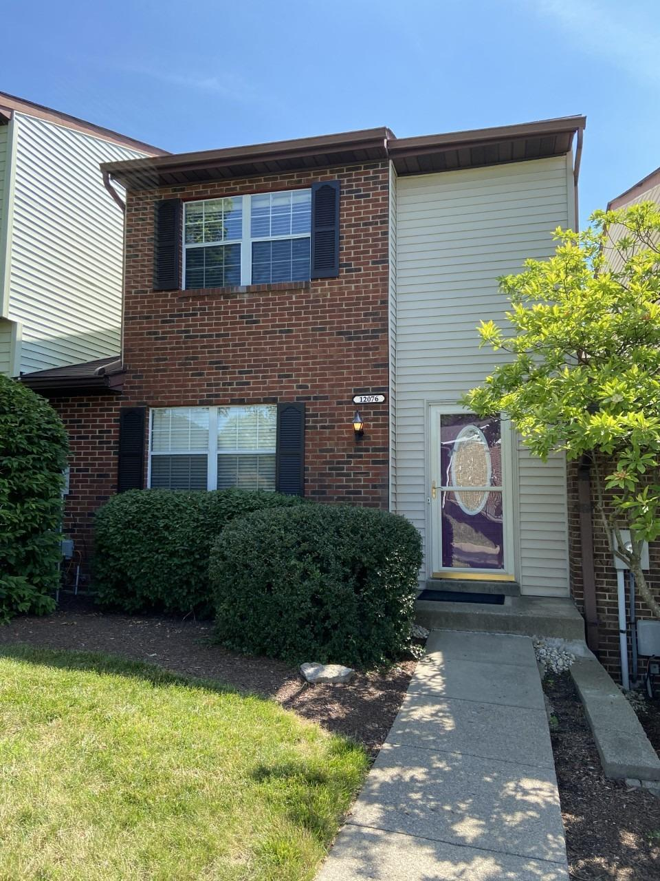 Property for sale at 12076 Crossings Drive, Springdale,  Ohio 45246
