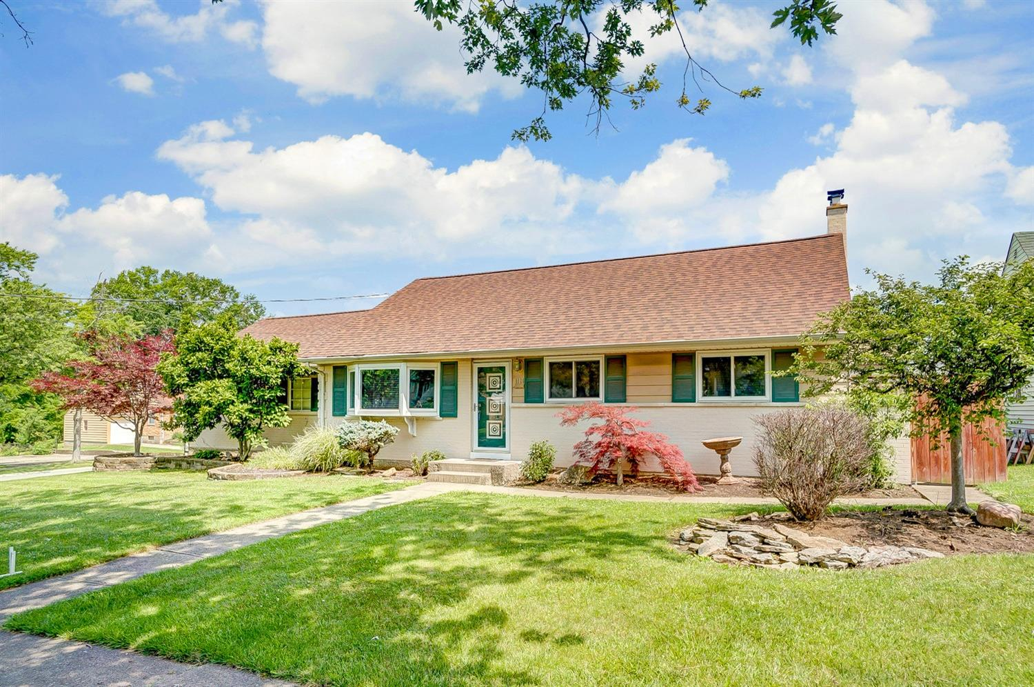 Property for sale at 1026 Hempstead Drive, Springfield Twp.,  Ohio 45231