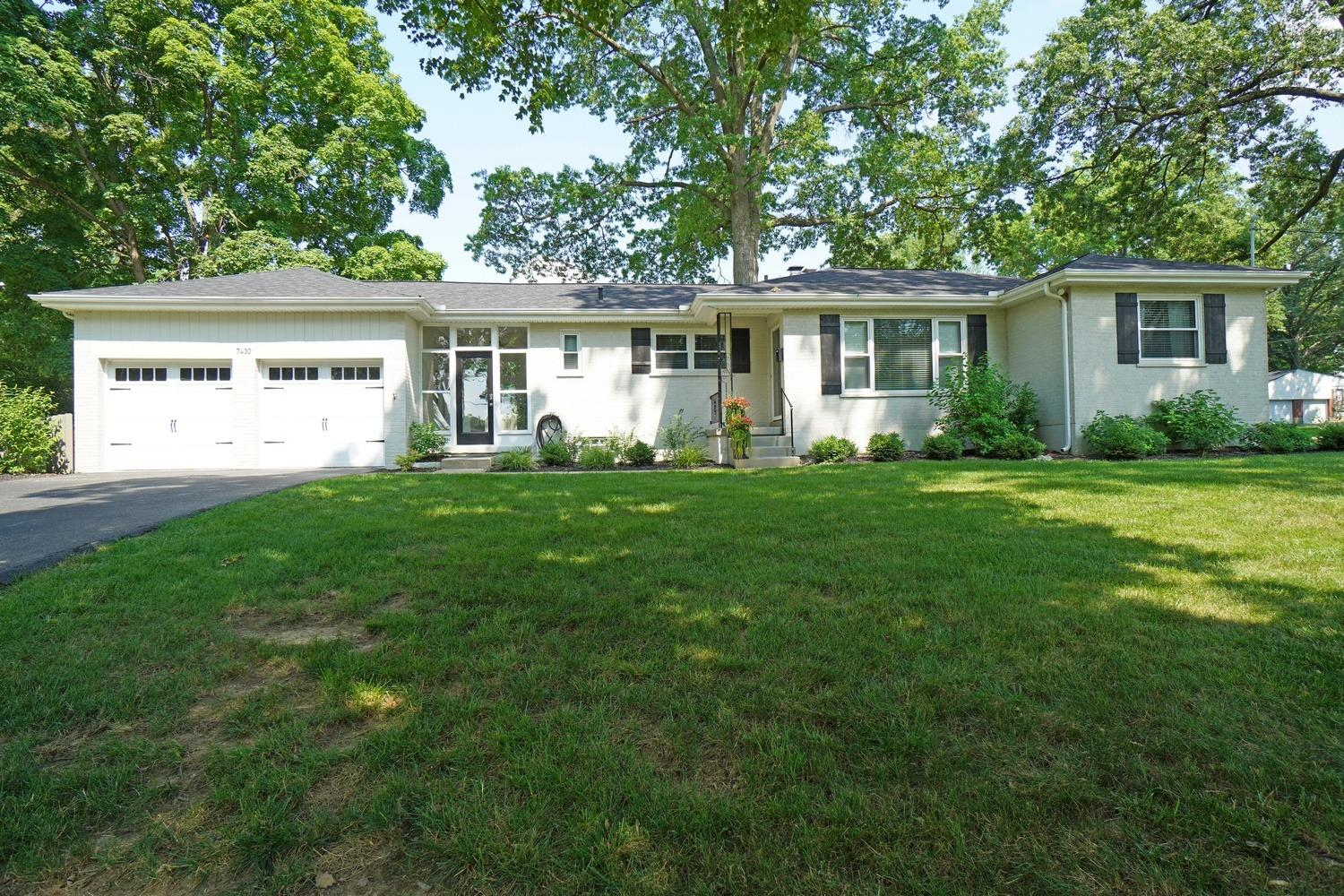 Property for sale at 7430 Hosbrook Road, Madeira,  Ohio 45243