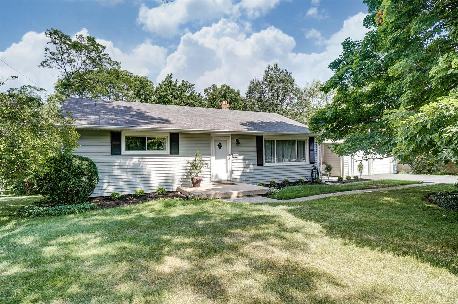 Property for sale at 6716 Devonwood Drive, North College Hill,  Ohio 45224