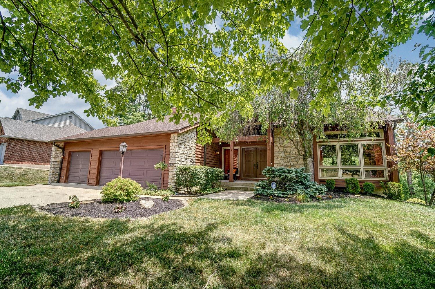 Wow on Wethersfield! Windows galore throughout home all replaced in '14 & bring in LOTS of Natural light! Beautiful kitchen w/refaced cabinets, granite ctrtops & stainless steel appliances. Hot Water Heater '19, Humidifier '18, Heat Pump/HVAC '15. Well Maintained. In-Law Suite in LL. Great Composite Deck as well as Covered Cement Patio. MUST see!