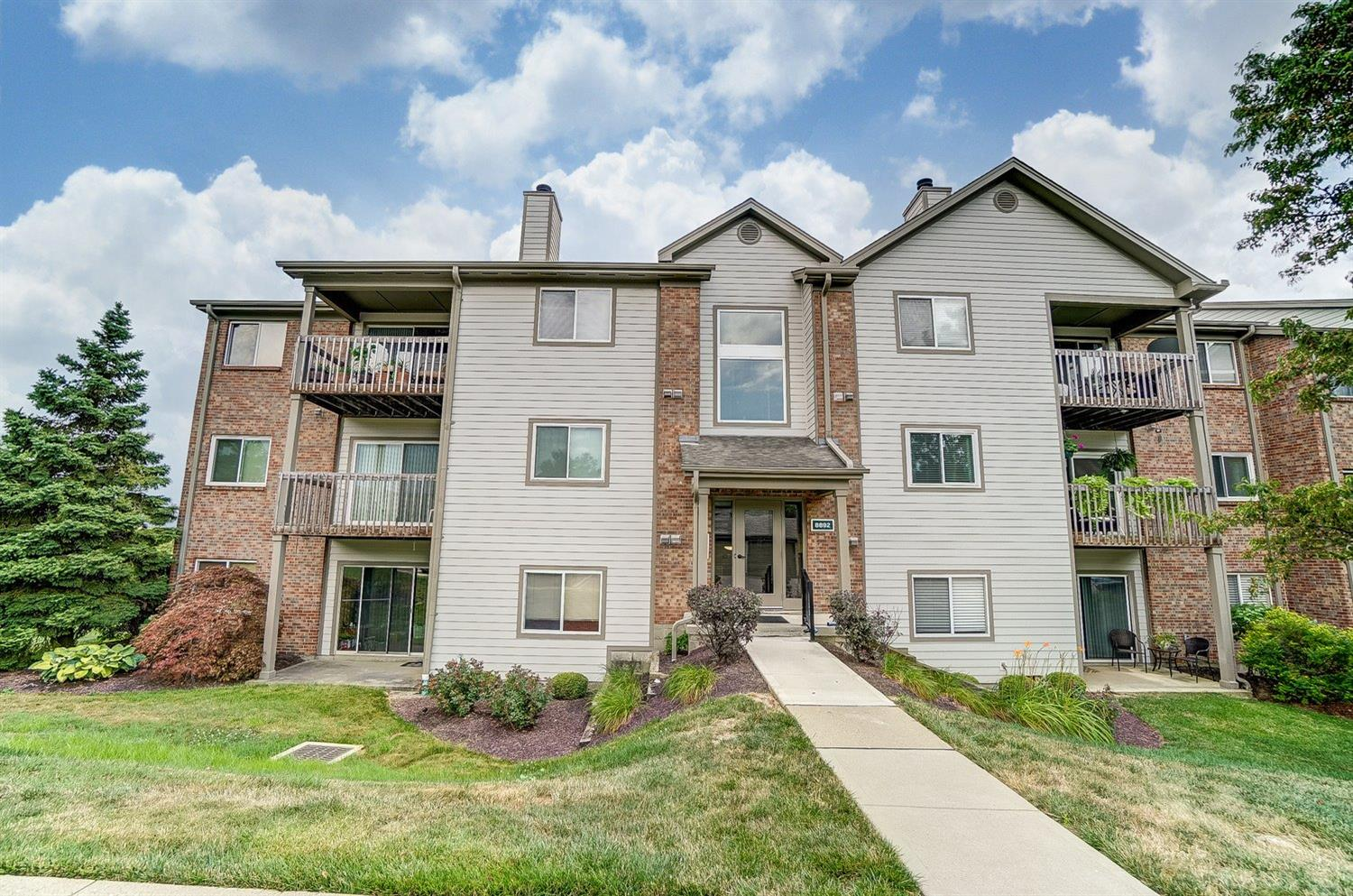 Property for sale at 8892 Eagleview Drive Unit: 10, West Chester,  Ohio 45069