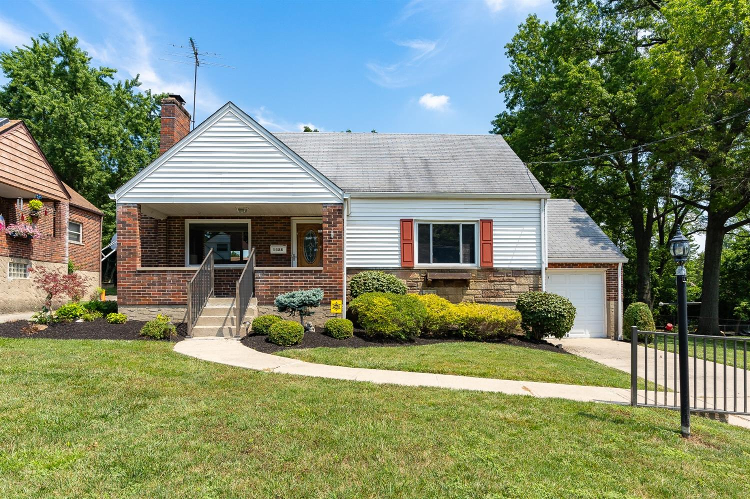 Property for sale at 1488 Clovernoll Drive, North College Hill,  Ohio 45231