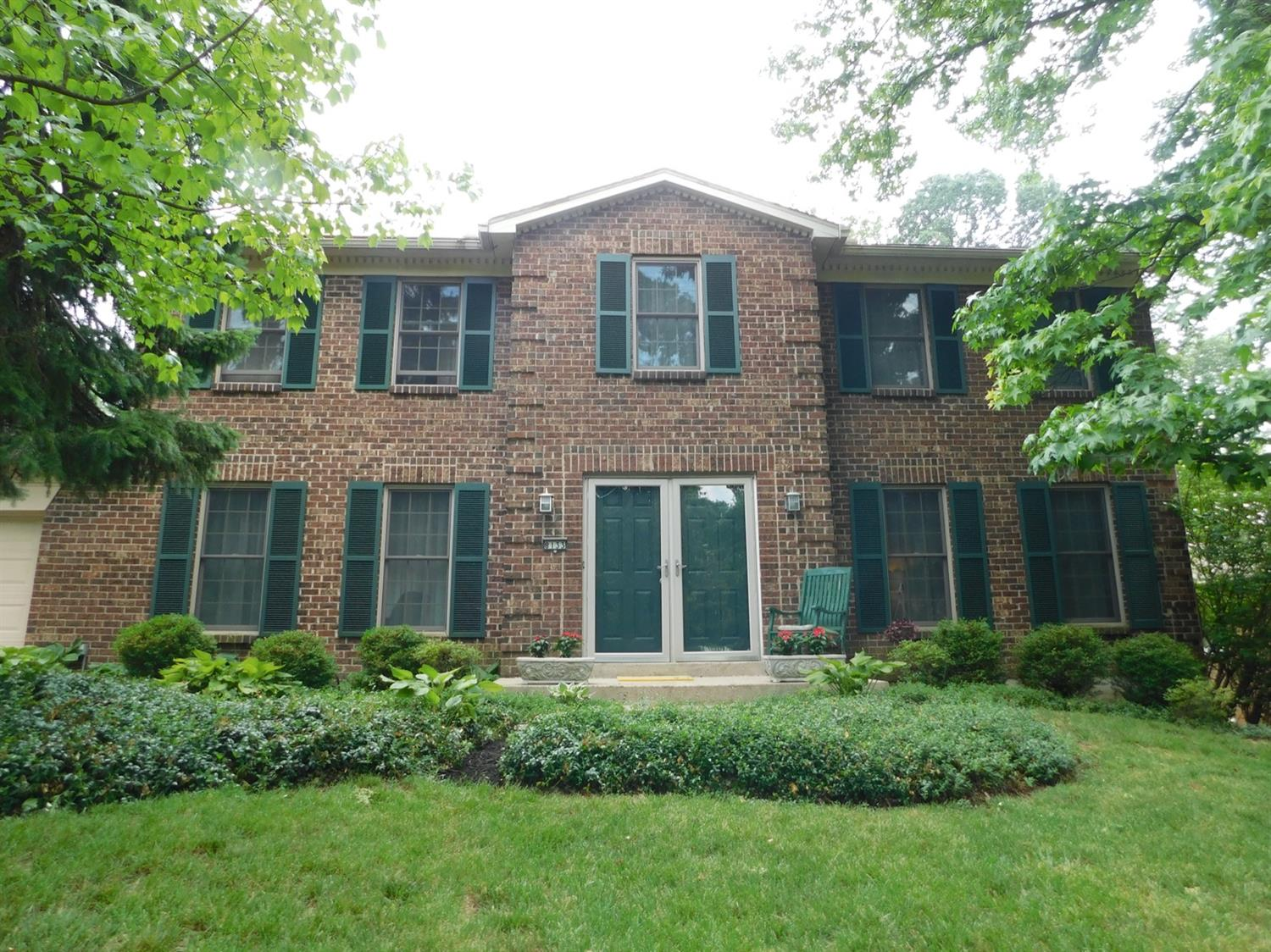 Property for sale at 8133 Maxfield Lane, Madeira,  Ohio 45243