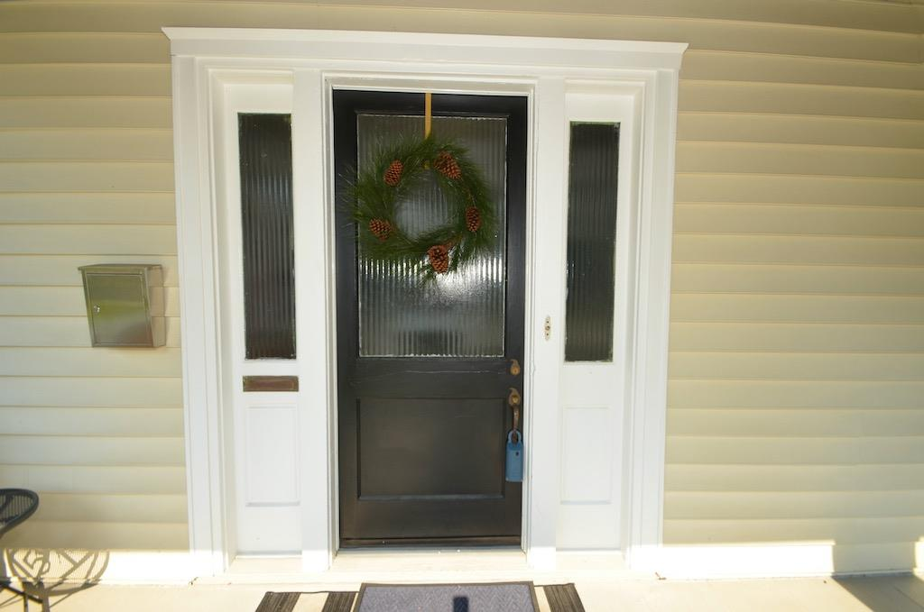 We absolutely LOVE this original door with fluted glass!  Come on in!